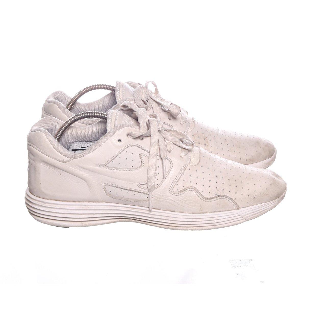 af12f68e529 Nike, Träningsskor, Strl: 45, Vit (352448330) ᐈ Sellpy på Tradera