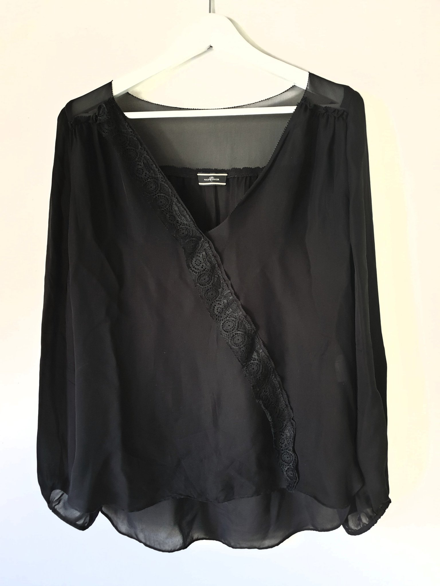 17da56cb8592 BY MALENE BIRGER svart siden silke blus strl 40 (348656711) ᐈ Köp ...
