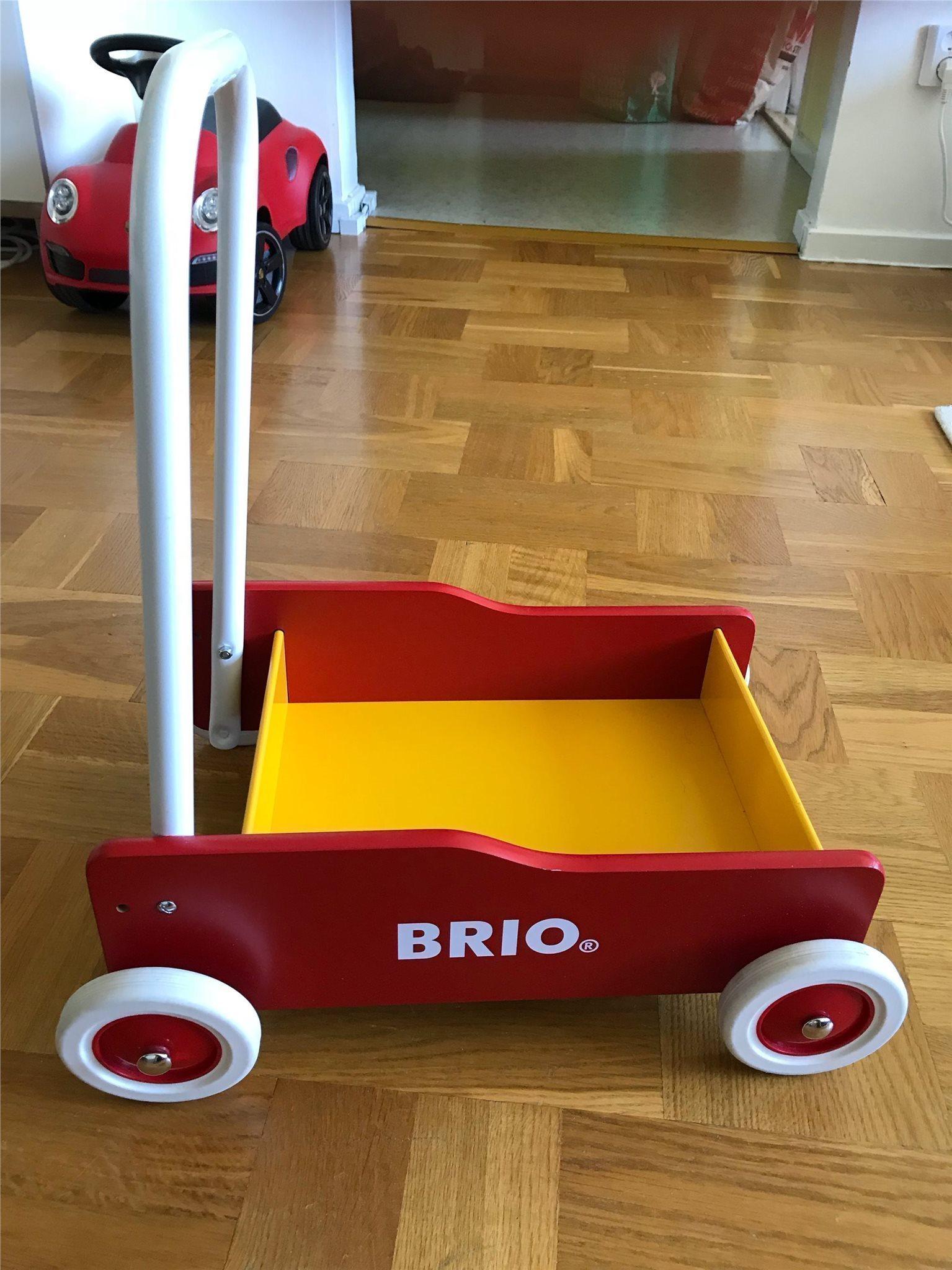 BRIO lära gå vagn - Röd - NY! Leksaker - AVHÄMTNING i Häggvik