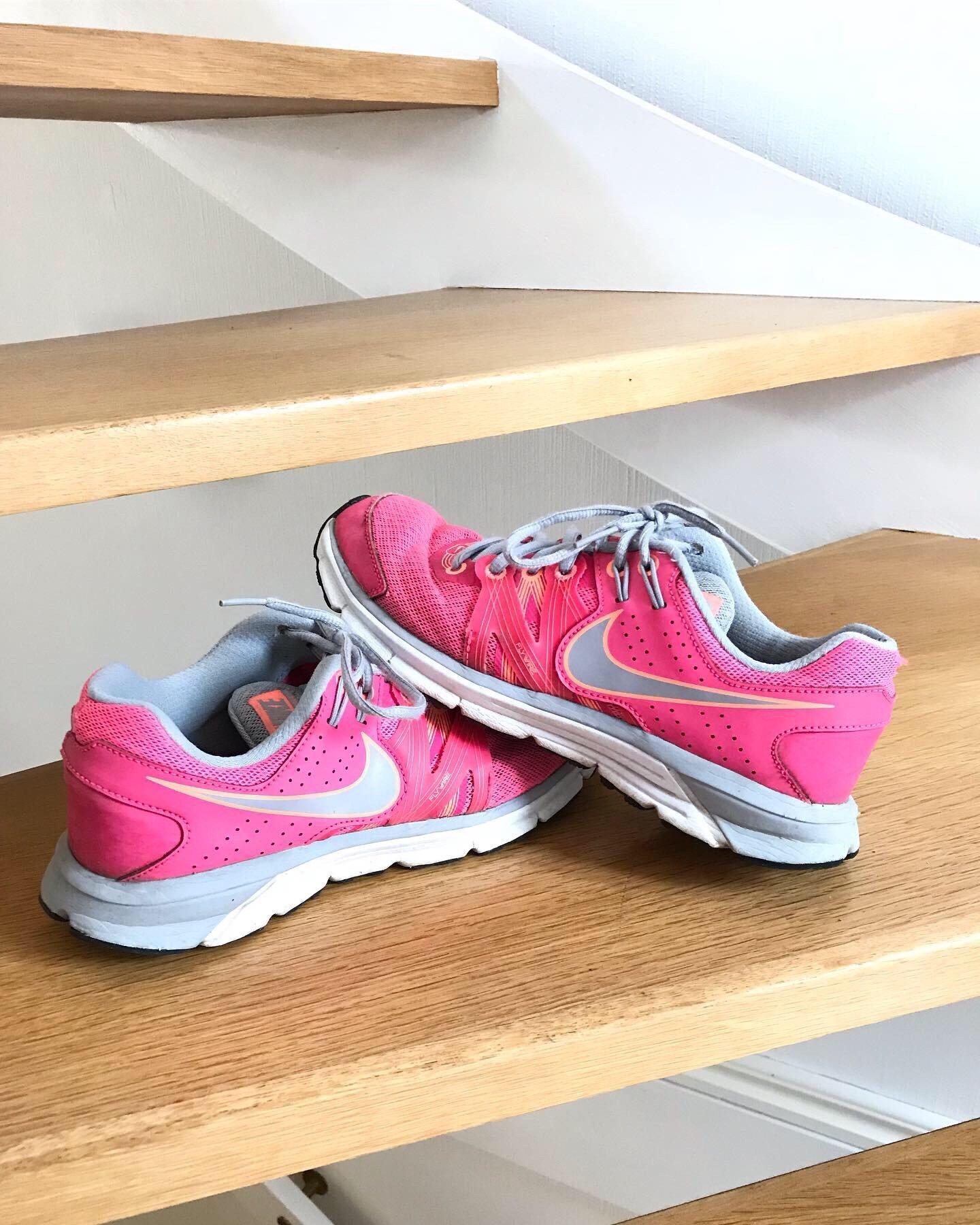 Nike, Skor, Stl 39, Rosa