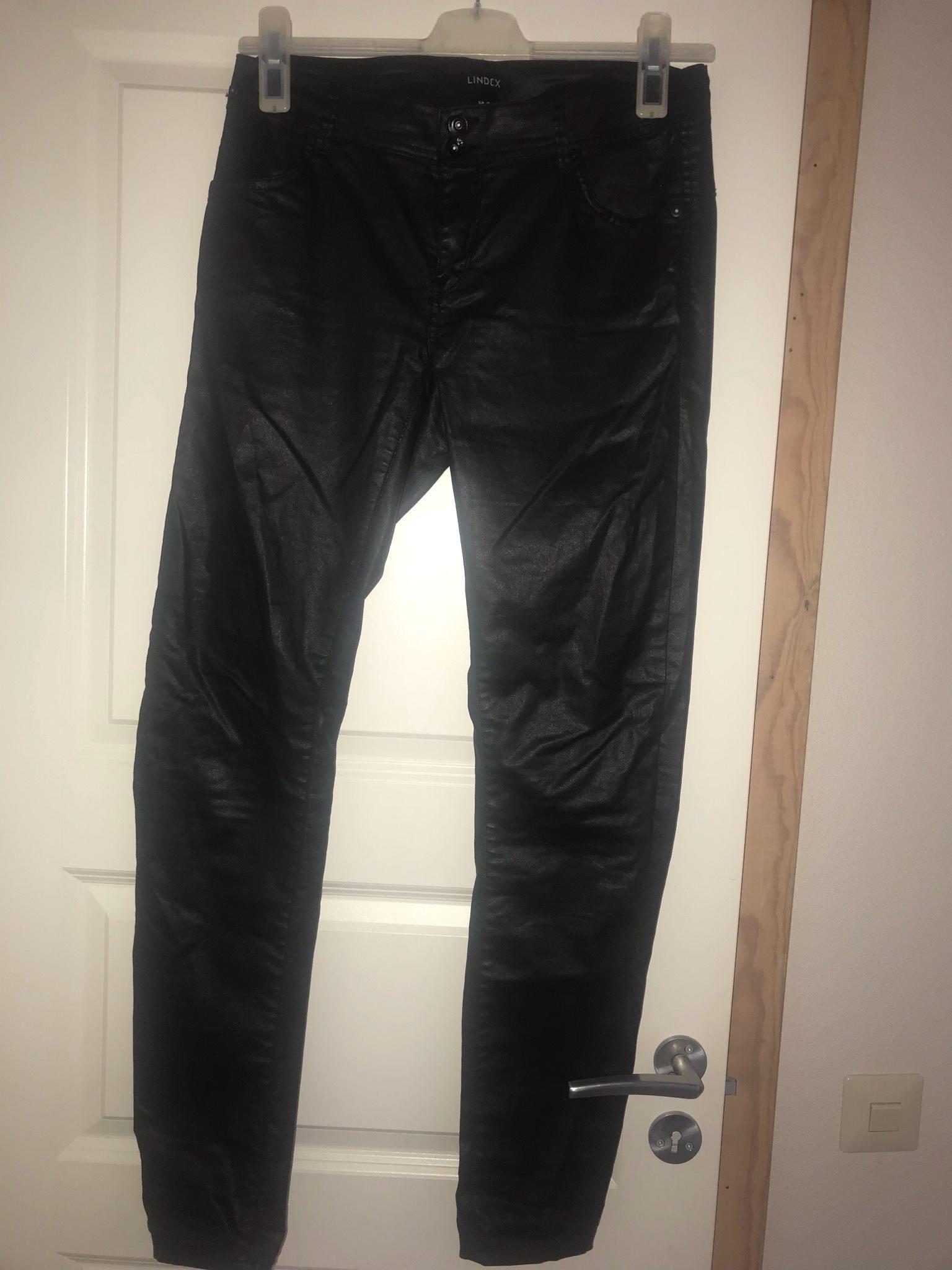 Svarta coatade byxor från Lindex strl 40 (337427708) ᐈ Köp på Tradera 06a049d19693b