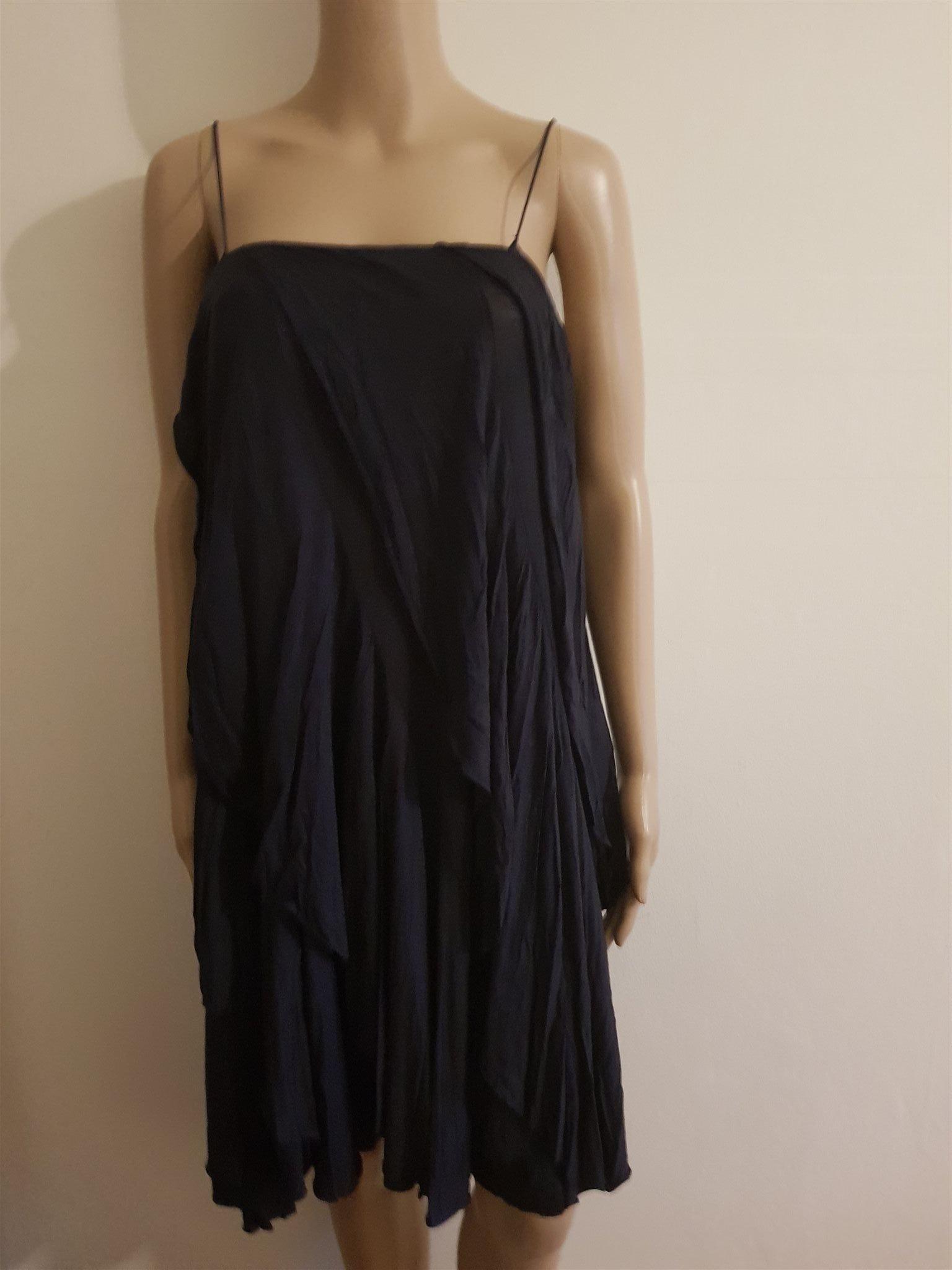 462db242282b Filippa K supersnygg klänning svart färg strl .. (347960148) ᐈ Köp ...