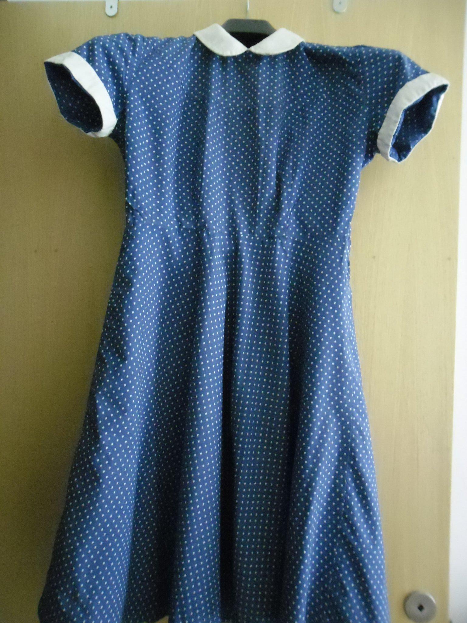 3978d616e8da Vintage Klänning 1950-tal (352898067) ᐈ Köp på Tradera