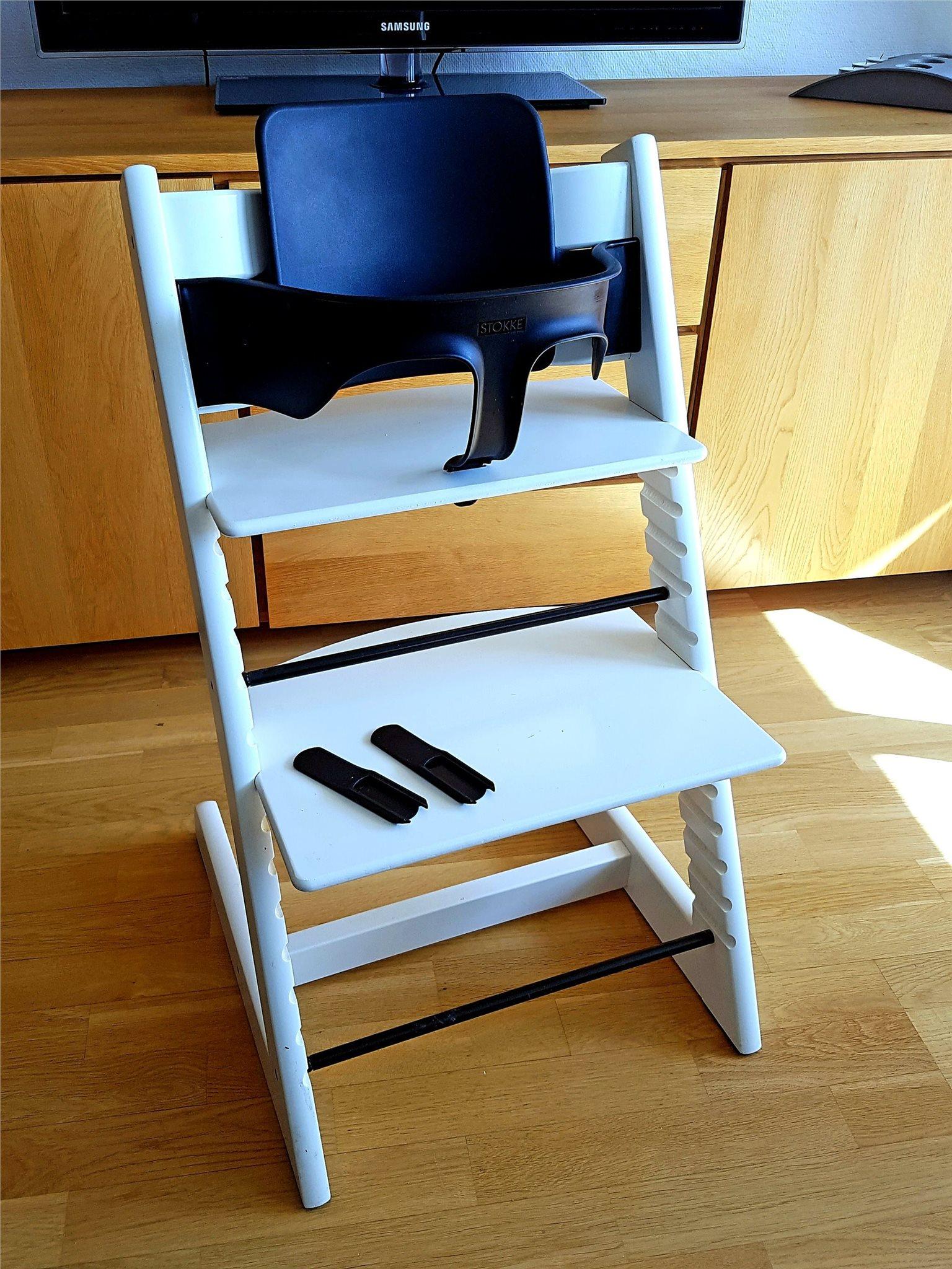 tripp trapp stol vit stokke komplett fint skick på tradera -