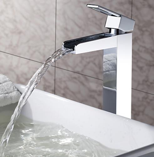 stilig vattenkran f r toalett p toaletter mulltoa och. Black Bedroom Furniture Sets. Home Design Ideas