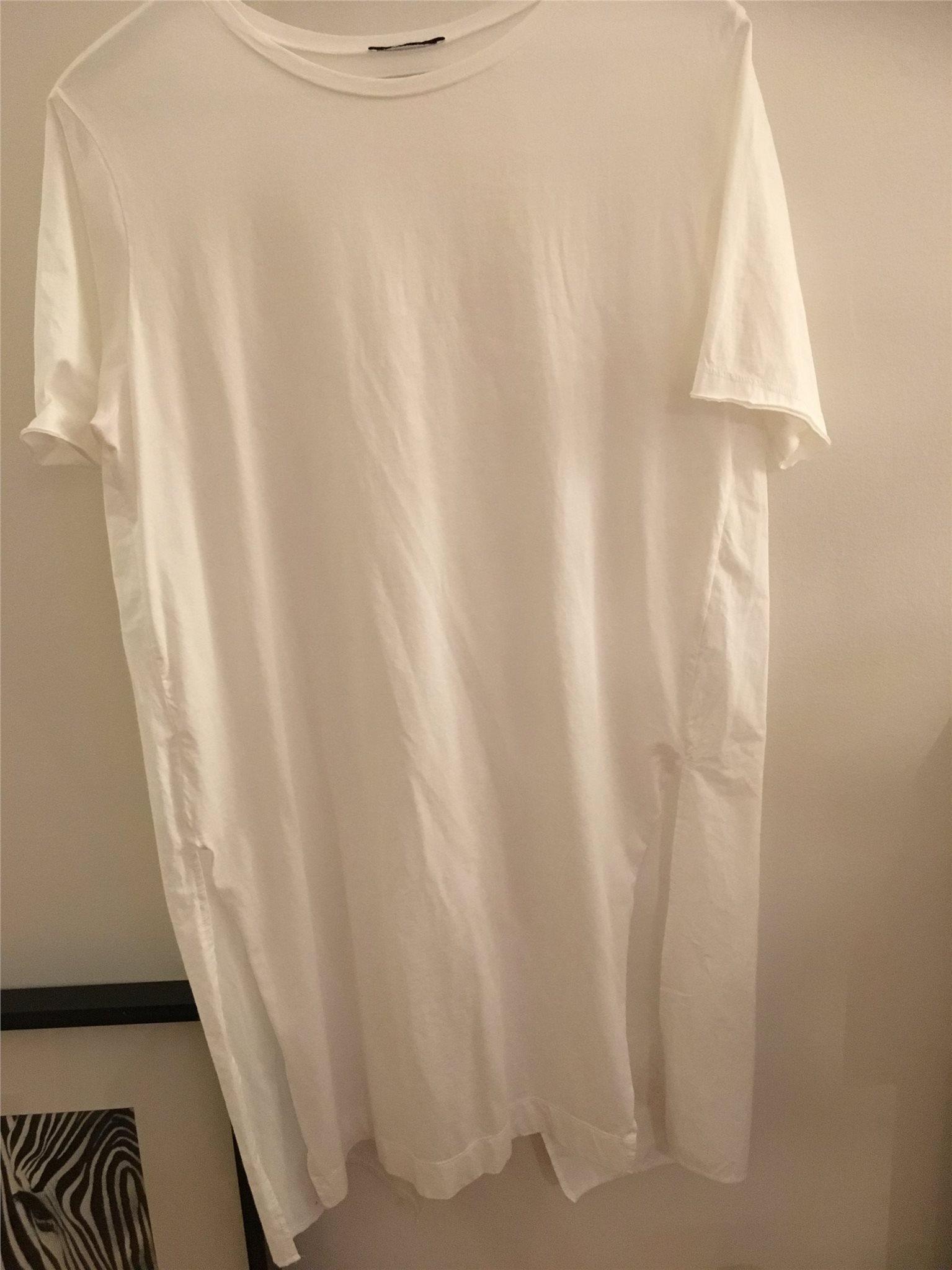 lång t shirt klänning