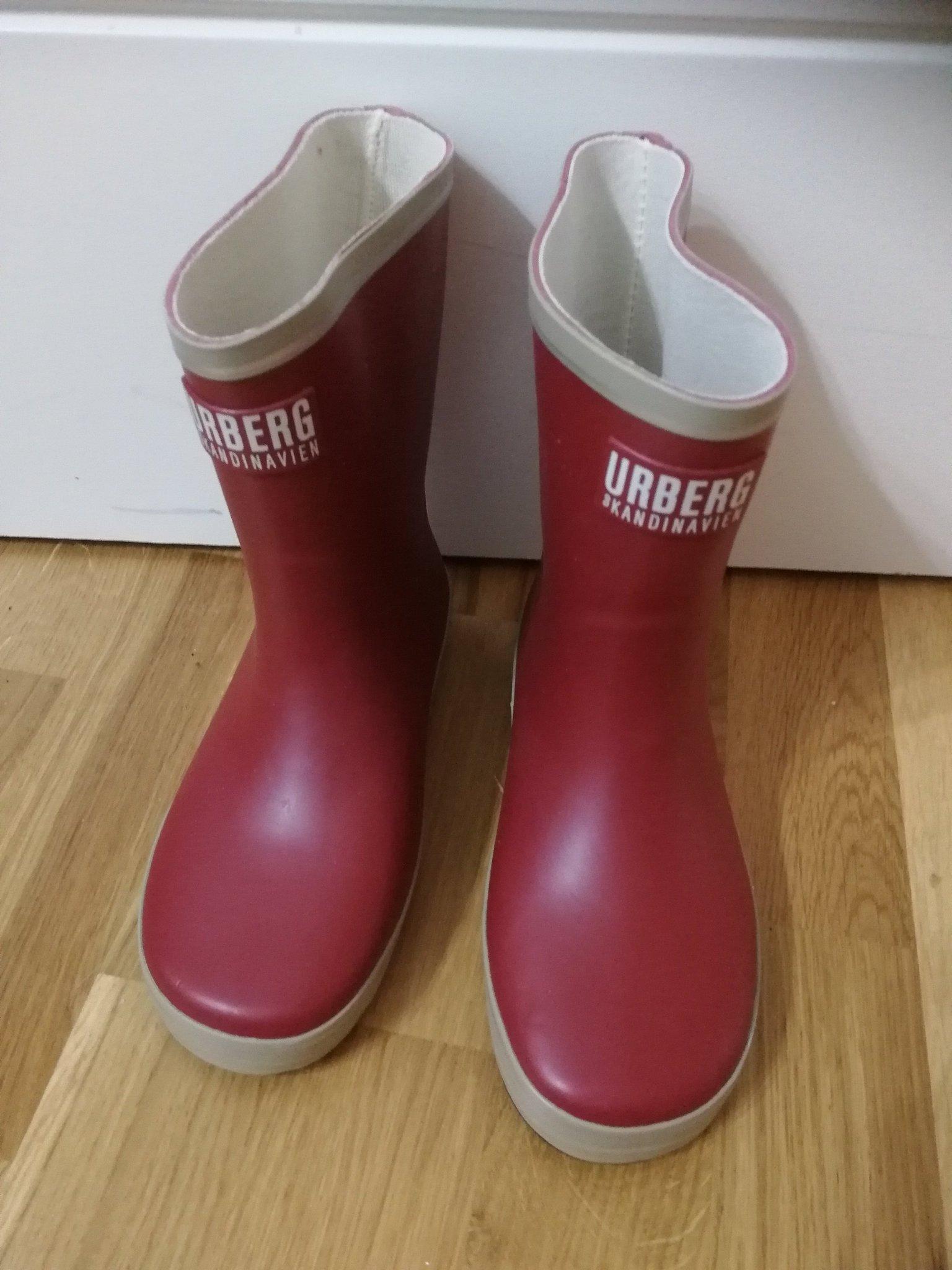 Röda gummistövlar Urberg strl 34 (355653350) ᐈ Köp på Tradera