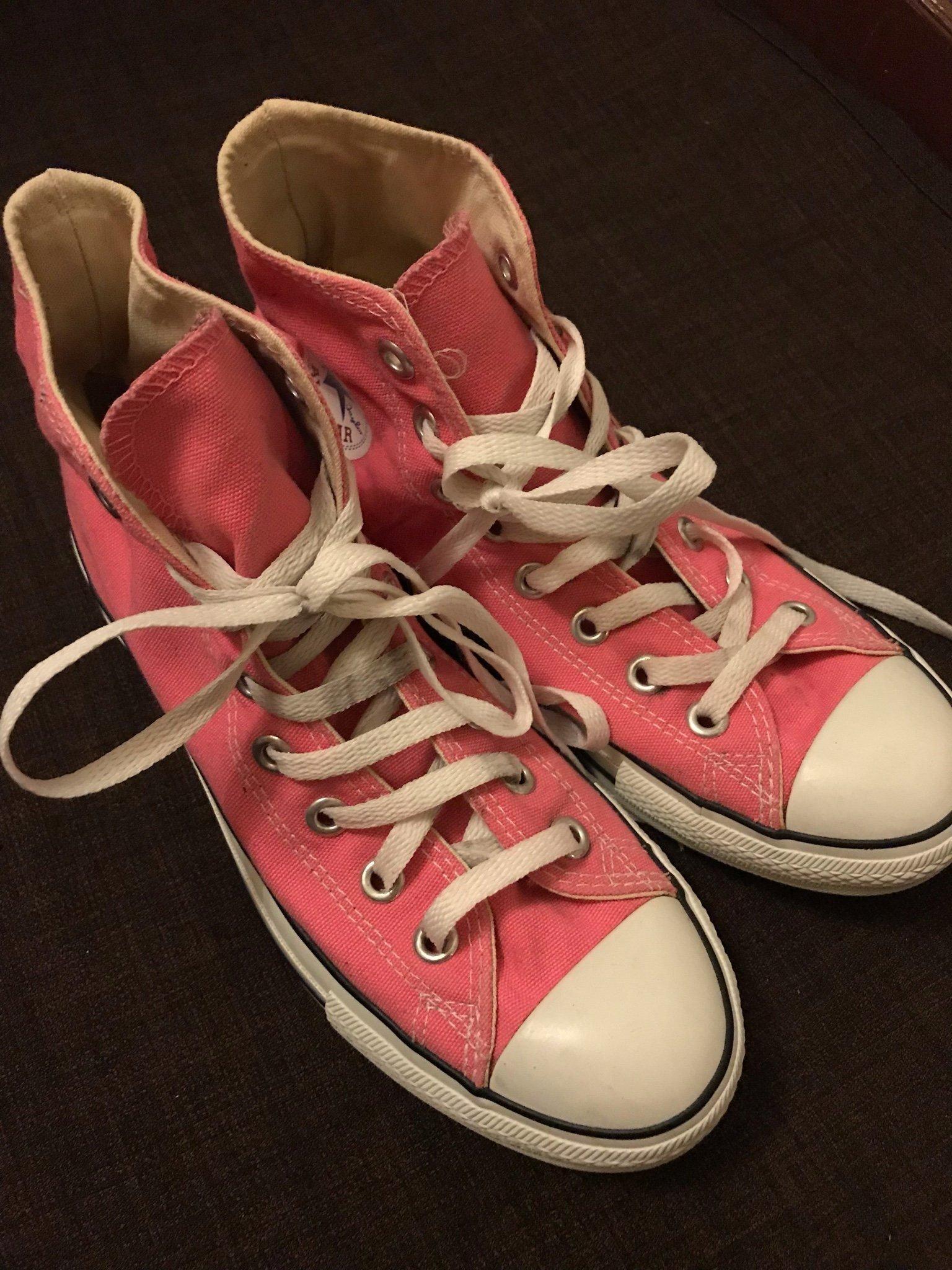 77b3a1f810a Converse All star skor str 40 (347180425) ᐈ Köp på Tradera