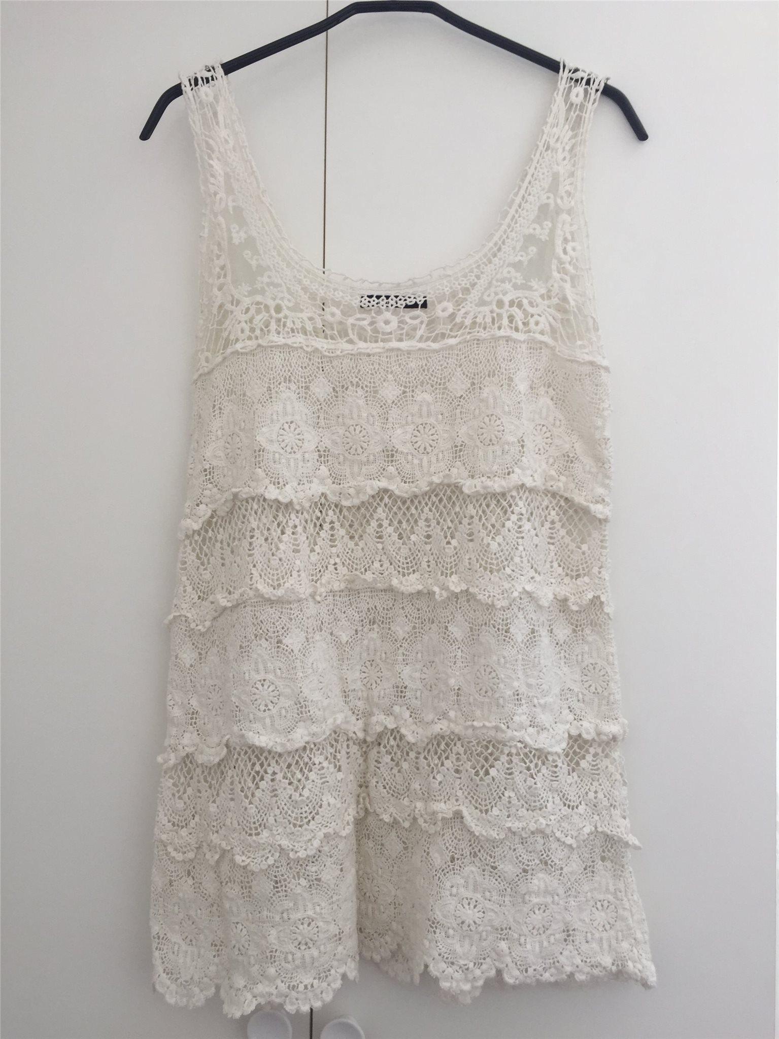 virkad klänning gina tricot