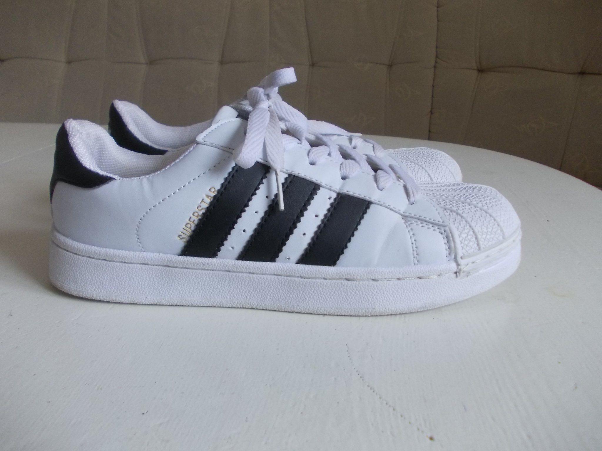 official photos 09b94 dafe4 ADIDAS Superstar vita svarta skor sneakers stl 37 ( 23,5 )