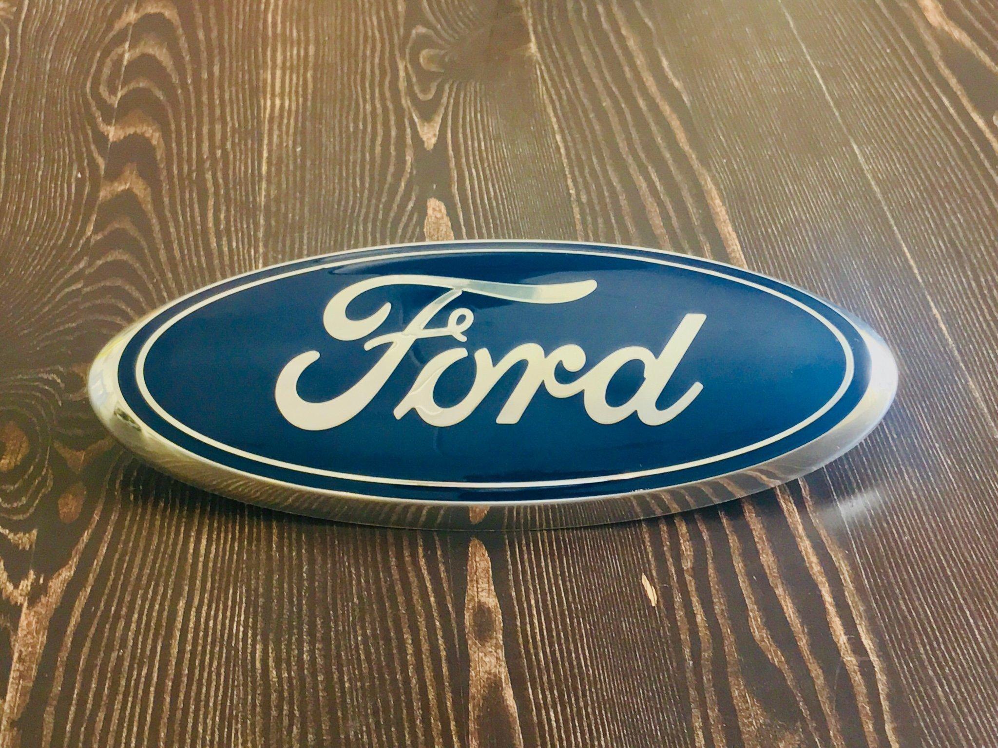 Original Ford Emblem för grill (SUV eller Pickup) (412549566