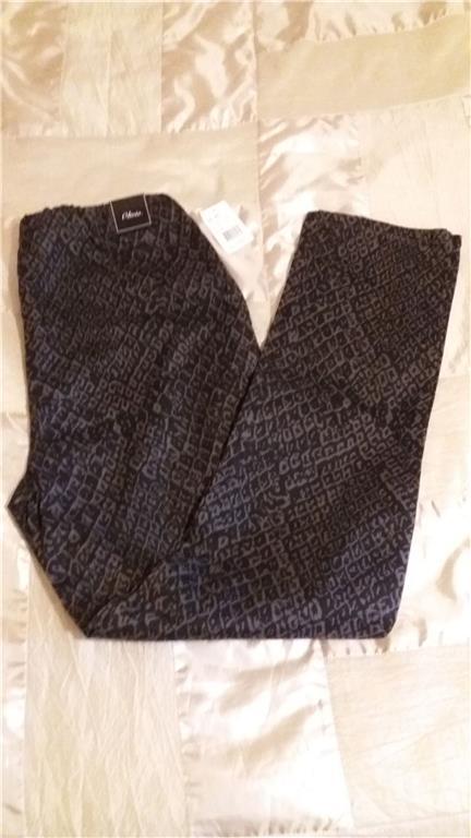 Grå och svart mönstrade byxor i storlek 42 42 42 av märket Olivia f65a6c
