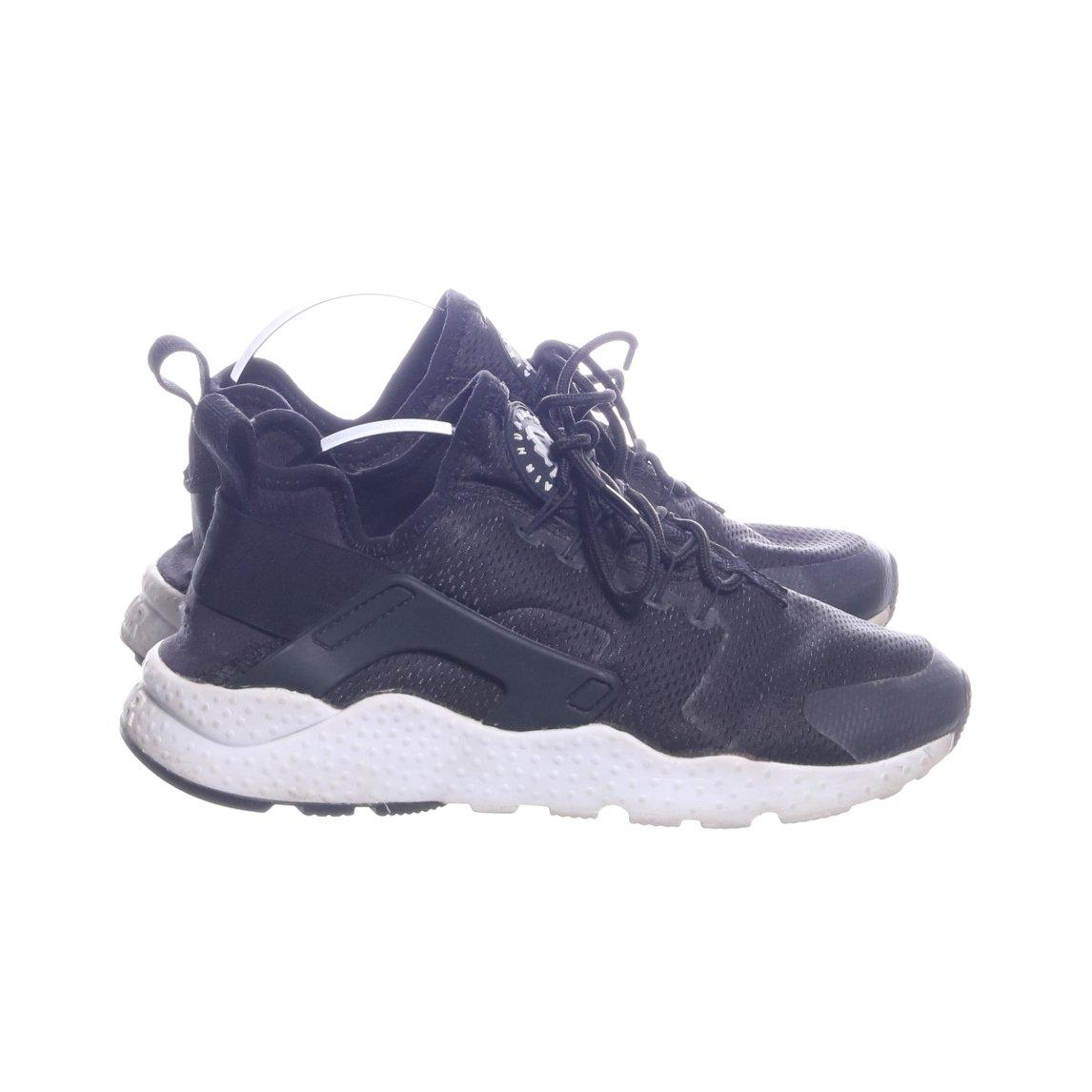 new style 245f9 e33d9 Nike, Sneakers, Strl  38,5, Air Huarache, Svart