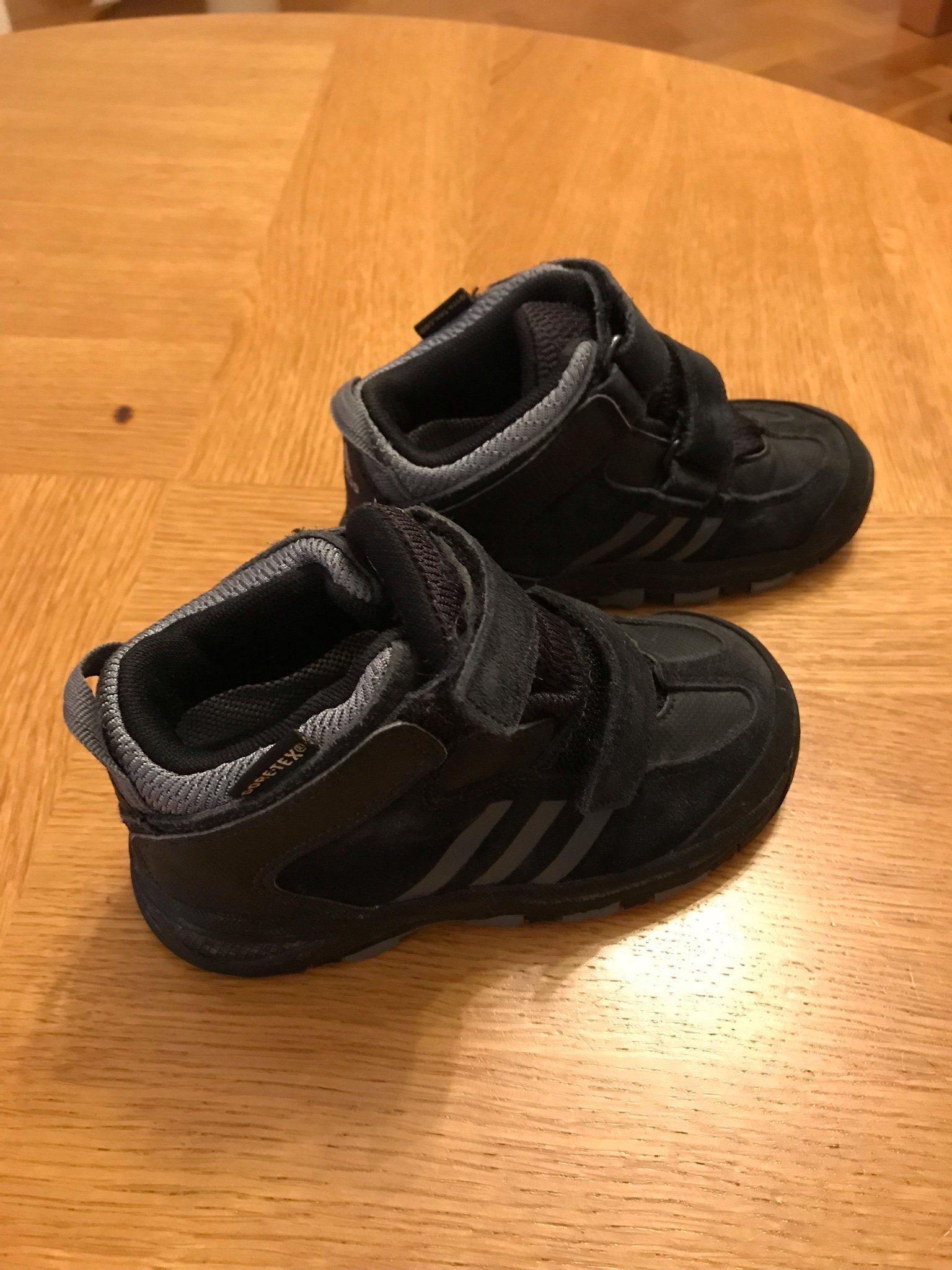 Adidas Goretex GTX skor stl 25 (145 mm) (340695706) ᐈ Köp på Tradera d83623eab3da1