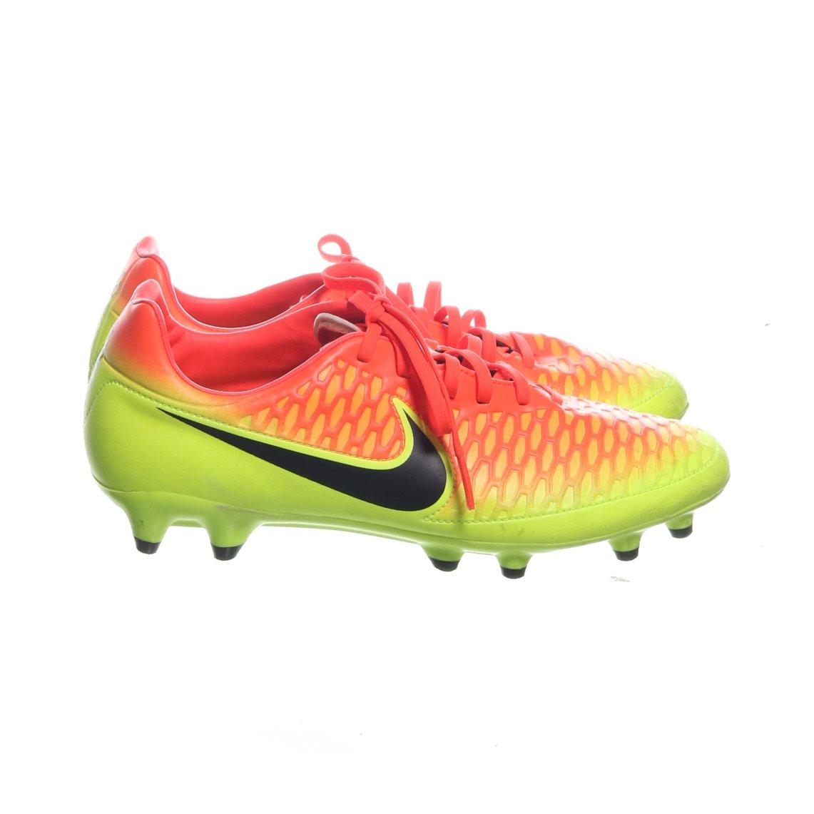 new concept 70b5a ee1fc Nike Magista, Fotbollsskor, Strl  41, Gul Orange