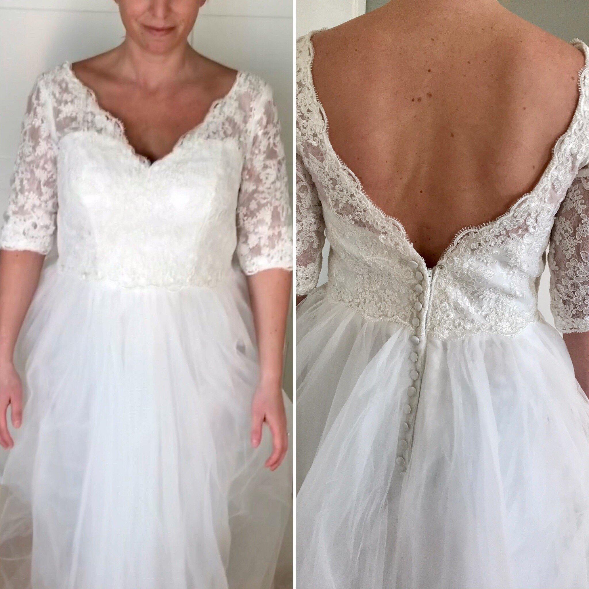 dcd1a8acc926 Oanvänd brudklänning strl 40 (347417353) ᐈ Köp på Tradera