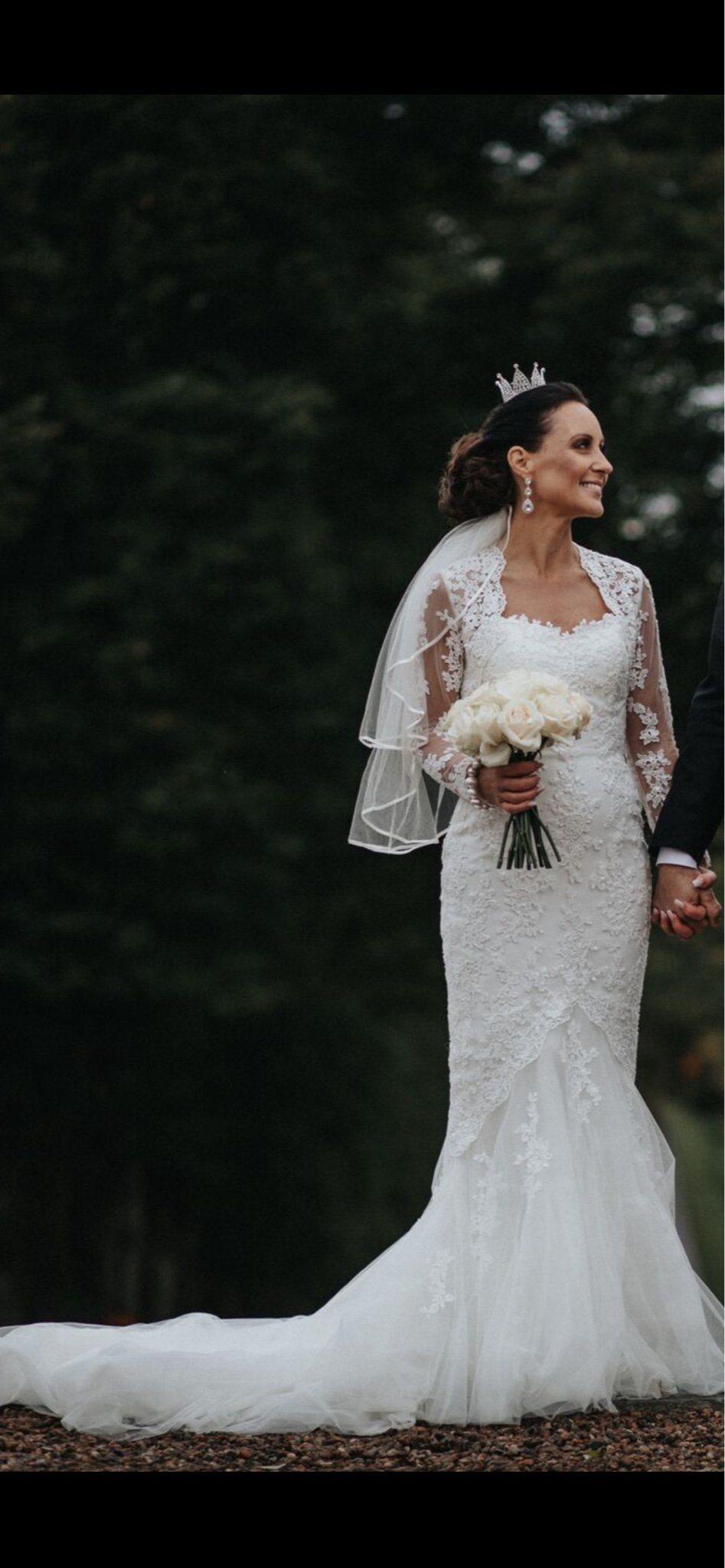 06206b0d4b43 PRONOVIAS brudklänning stl 36 (344911483) ᐈ Köp på Tradera