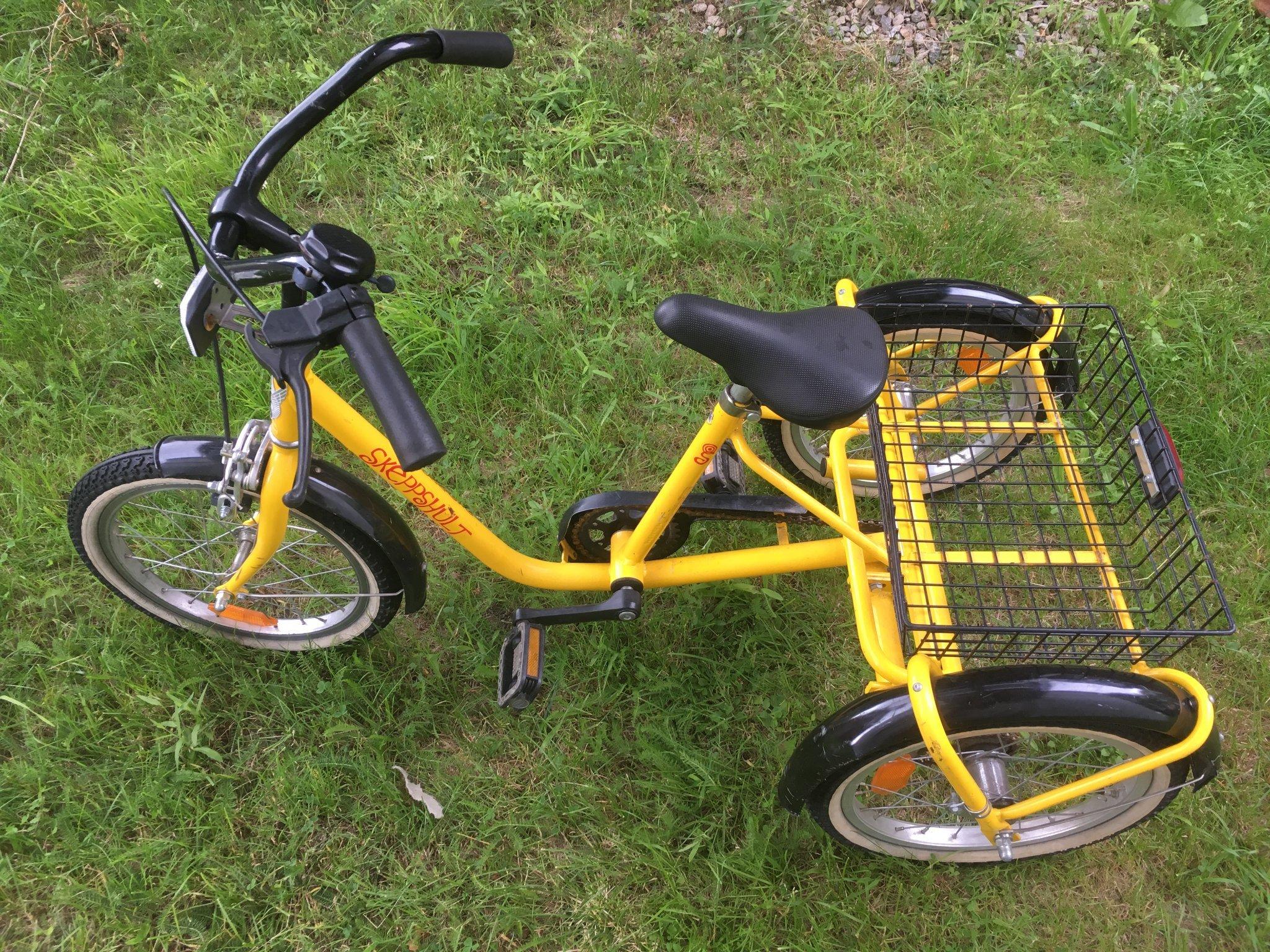 Nykomna Skeppshult trehjulig cykel (359900951) ᐈ Köp på Tradera OH-24
