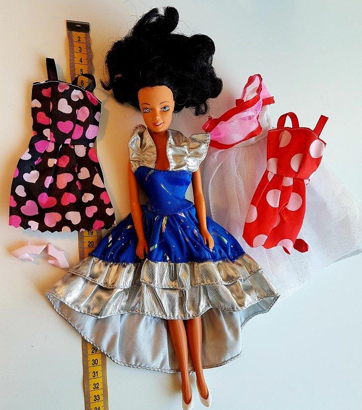 Docka klänningar, skor väska och kläde.. (426752002) ᐈ ias