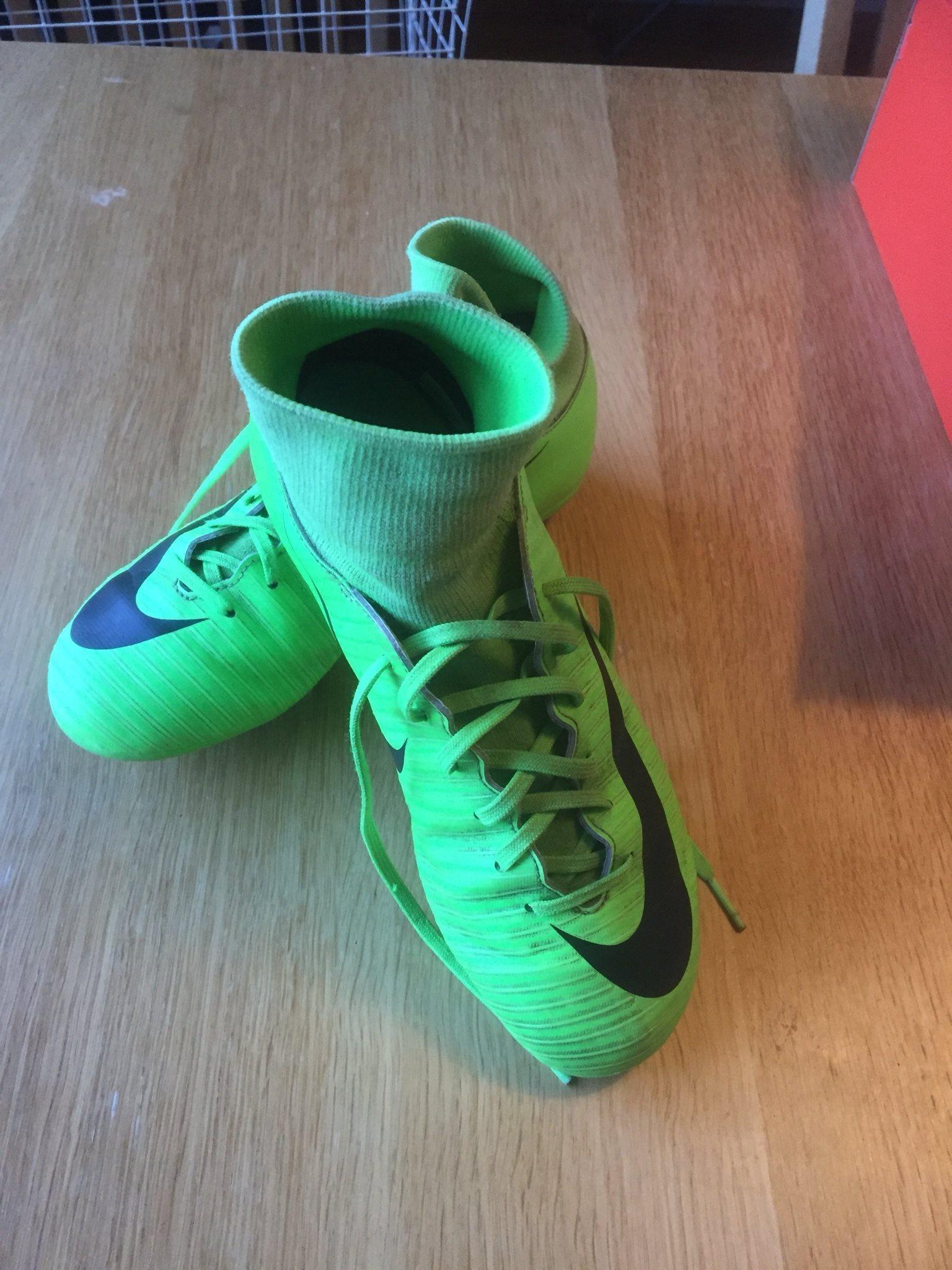 Nike grässkor strl 36 (328679658) ᐈ Köp på Tradera 218d25d71d238