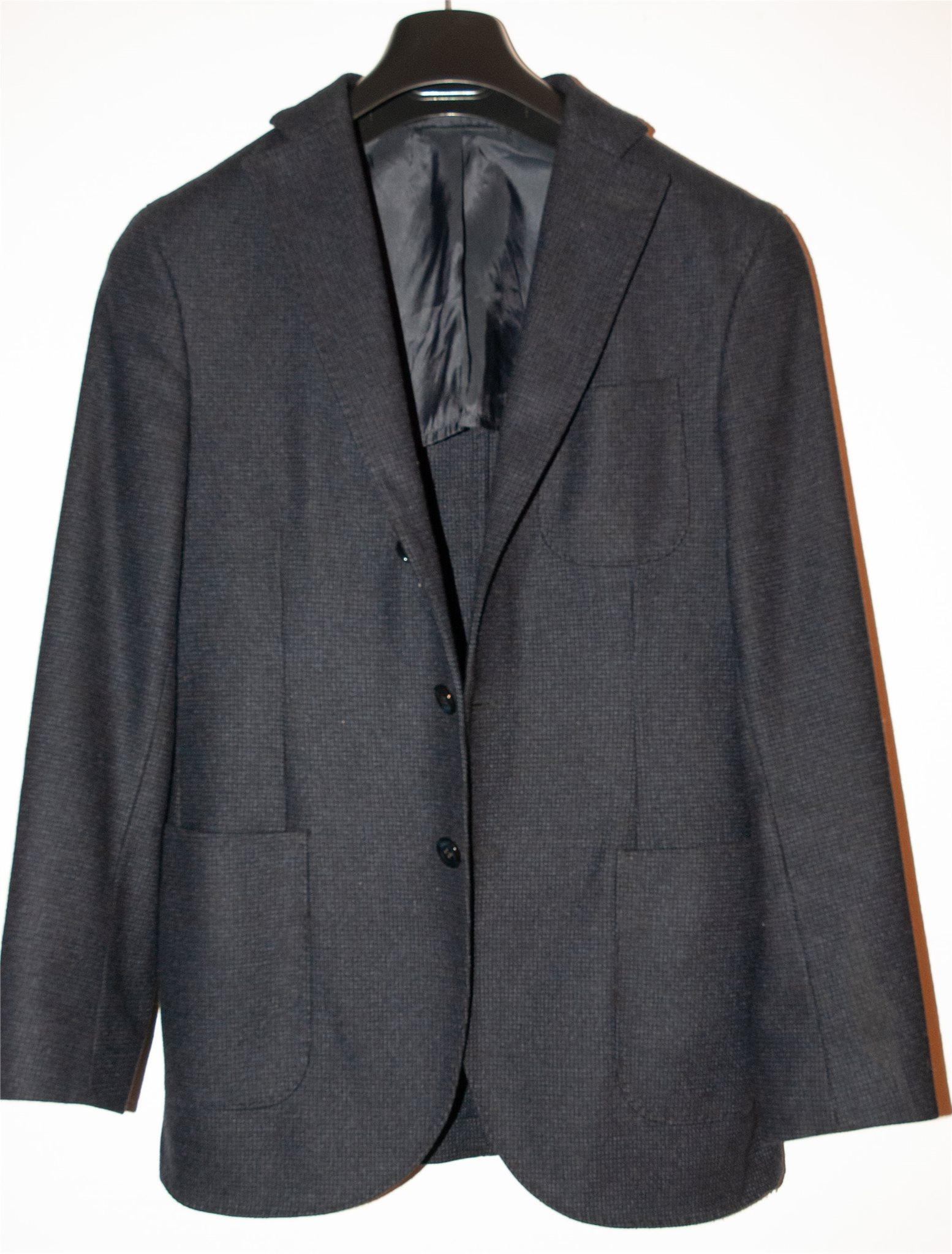 Mörkblå blazer i ull från J.Lindeberg i storlek 44R