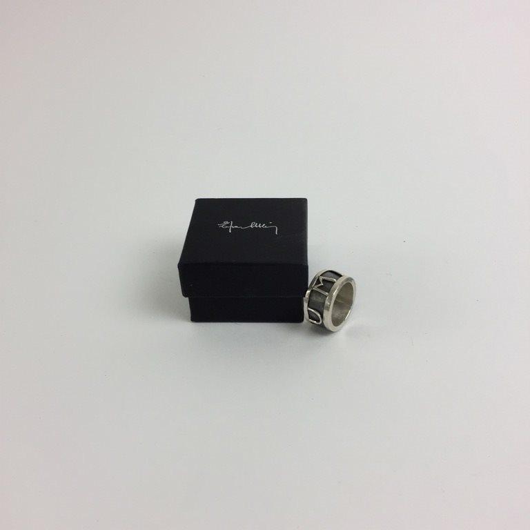 efva attling human ring