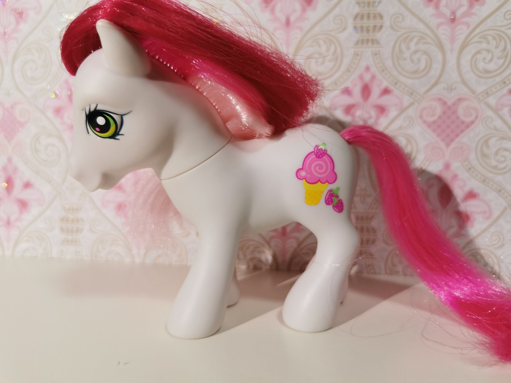 My little pony G3 Strawberry Surprise