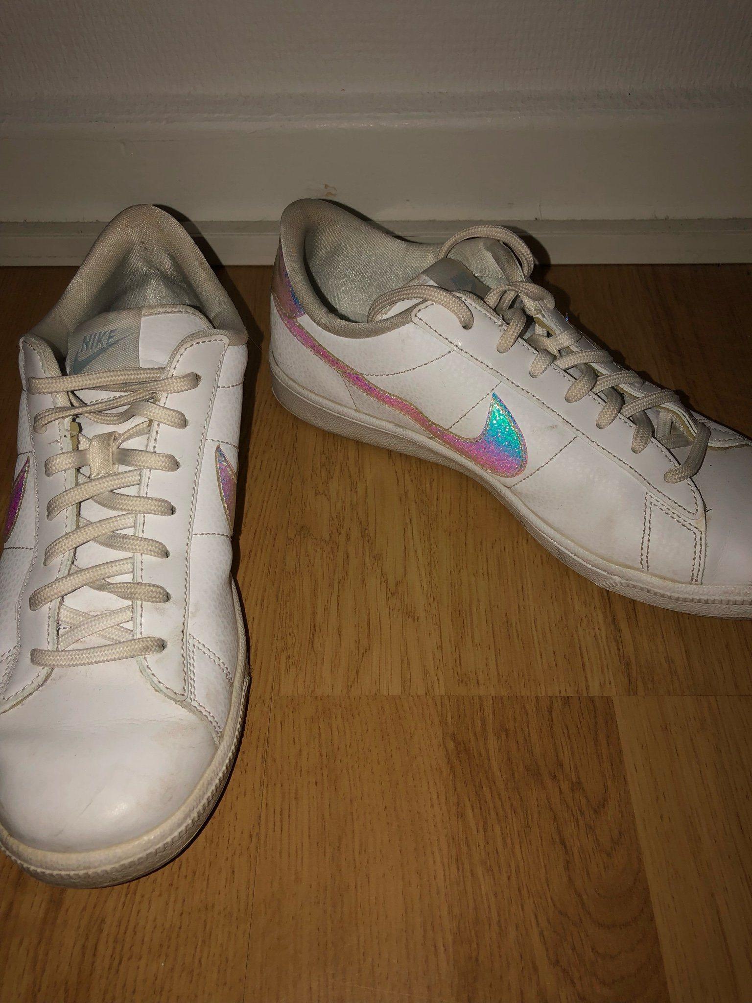 0910dc2e48c Nike skor (337911191) ᐈ Köp på Tradera