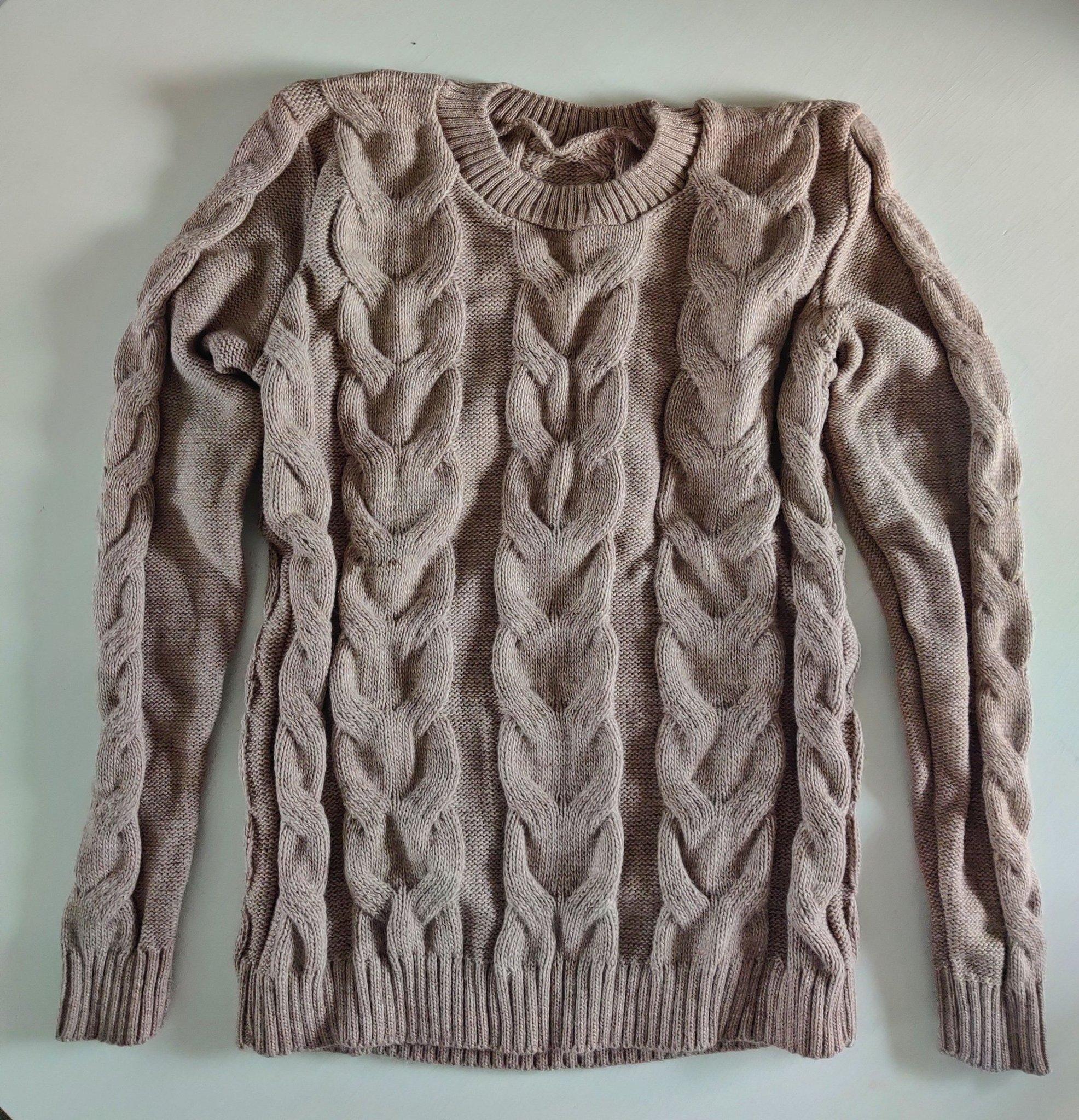 Utförsäljning! Gotländsk handstickad långärmad tröja ljusbrun. 70% ull. M