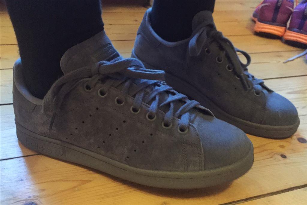 Adidas Stan Smith Grå Mocka