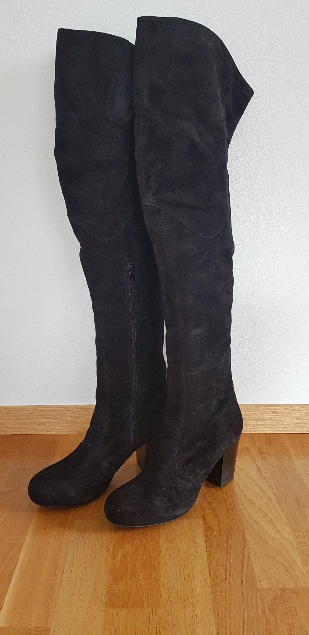 Vagabond Lårhöga Mocka Boots i storlek 41 (367025319) ᐈ Köp