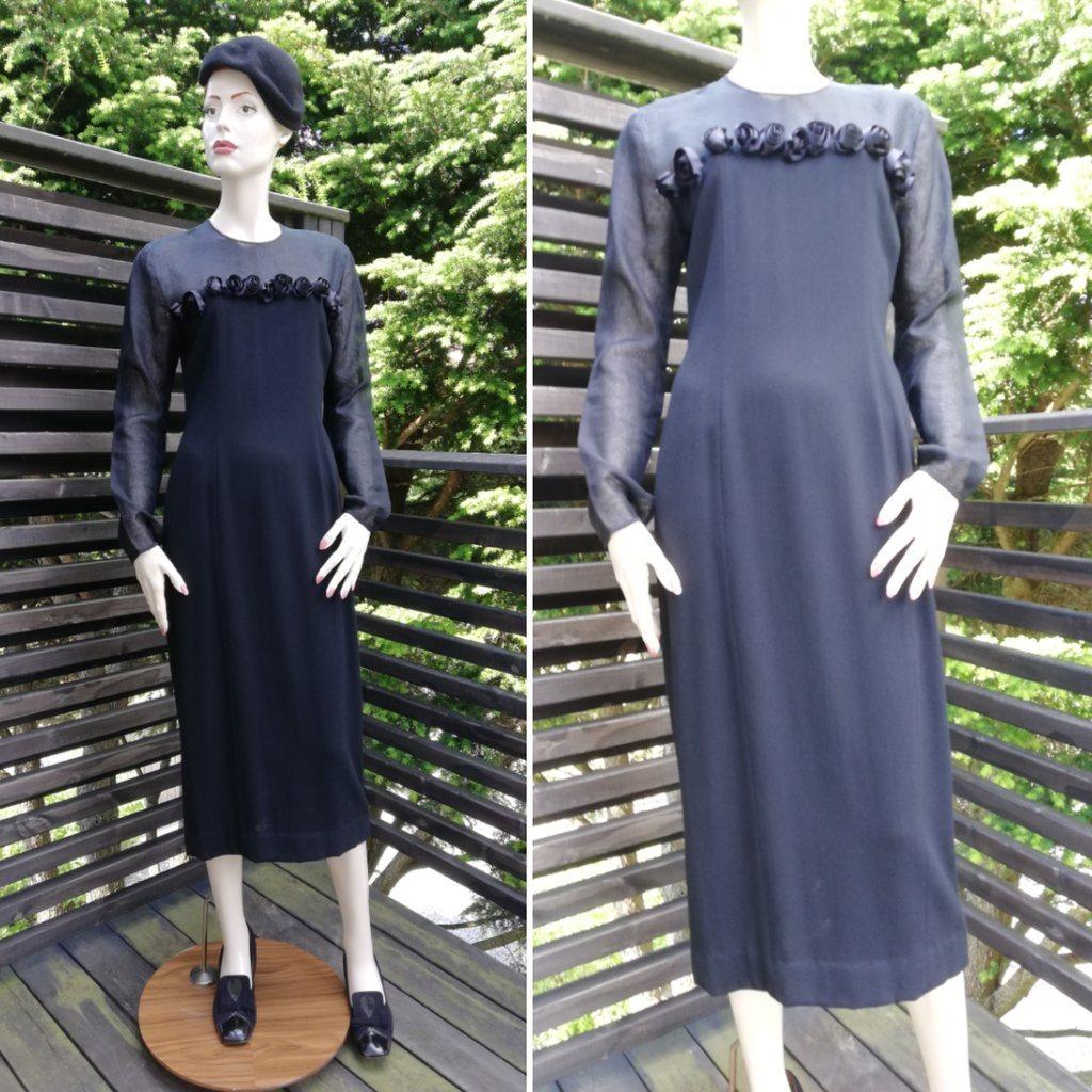 Vintage retro svart klänning cocktailklänning jersey rosor tunt tyg armar  axlar d2376cde00815