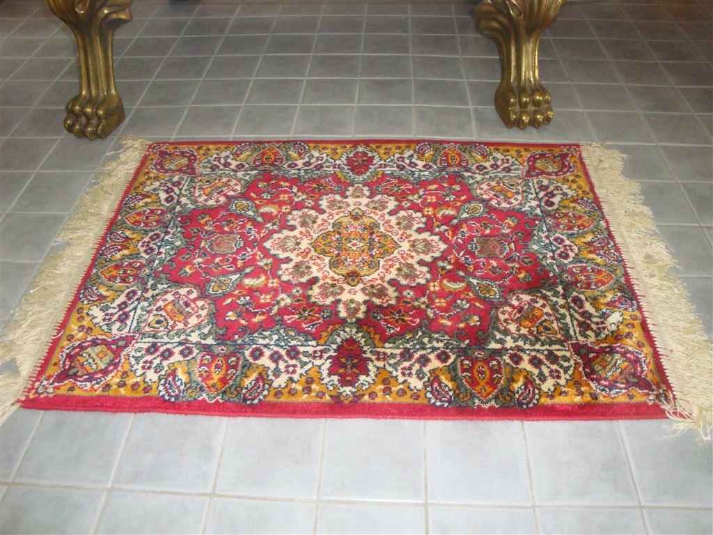 Silkesmatta i artsilk 50x71 cm, matta, golvmatta, sovrumsmatta,