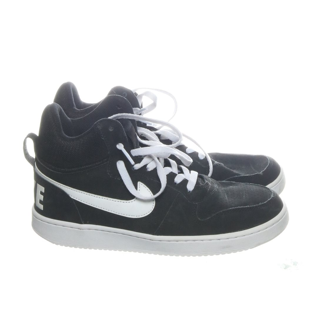 wholesale dealer aa469 d2f56 Nike, Sneakers, Strl  39, Air Force 1 Mid, Svart Vit