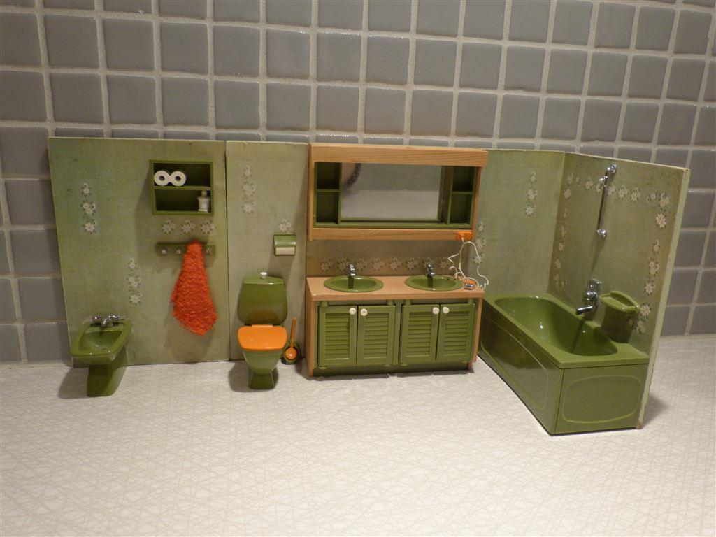Lundby badrum toalett badkar handfat till dockhus retro på tradera ...