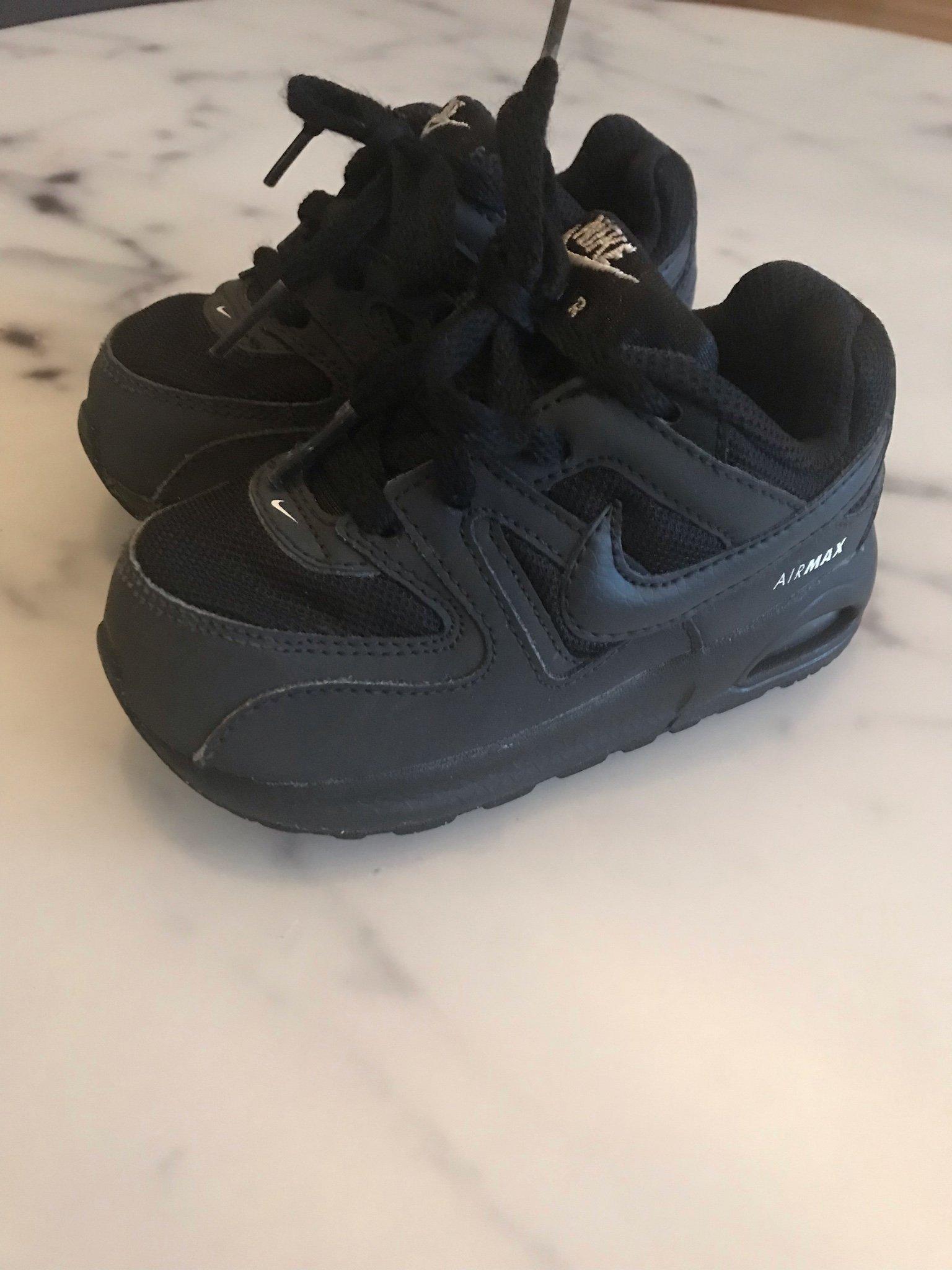 Tuffa svarta Nike Air Max sneakers, stl 23,5 (362325741) ᐈ