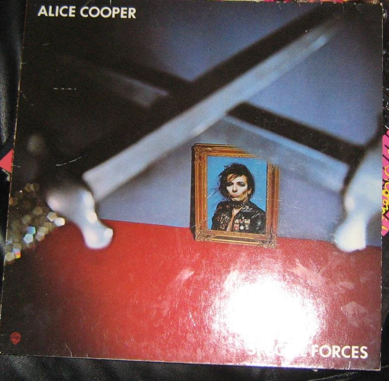 "alice cooper LP ""Special forces"""