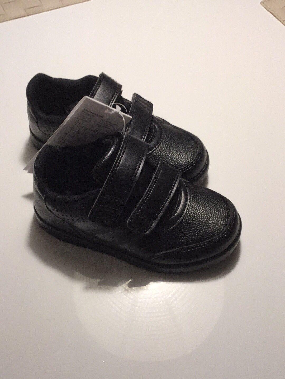 Adidas barnskor stl 25 nelt nya (325119622) ᐈ Köp på Tradera ef79beaa3d4de