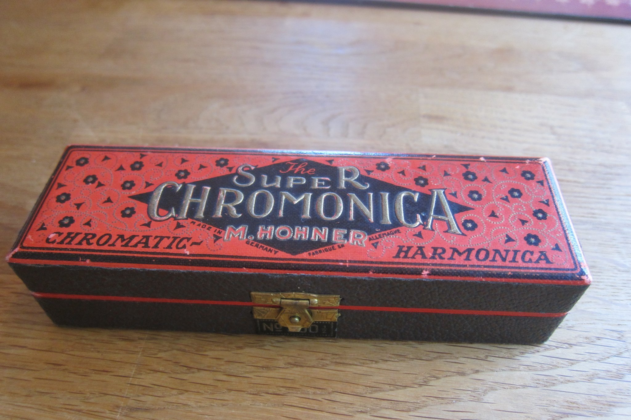 Retro munspel.  The Super R Chromonica M Hohner made in germany