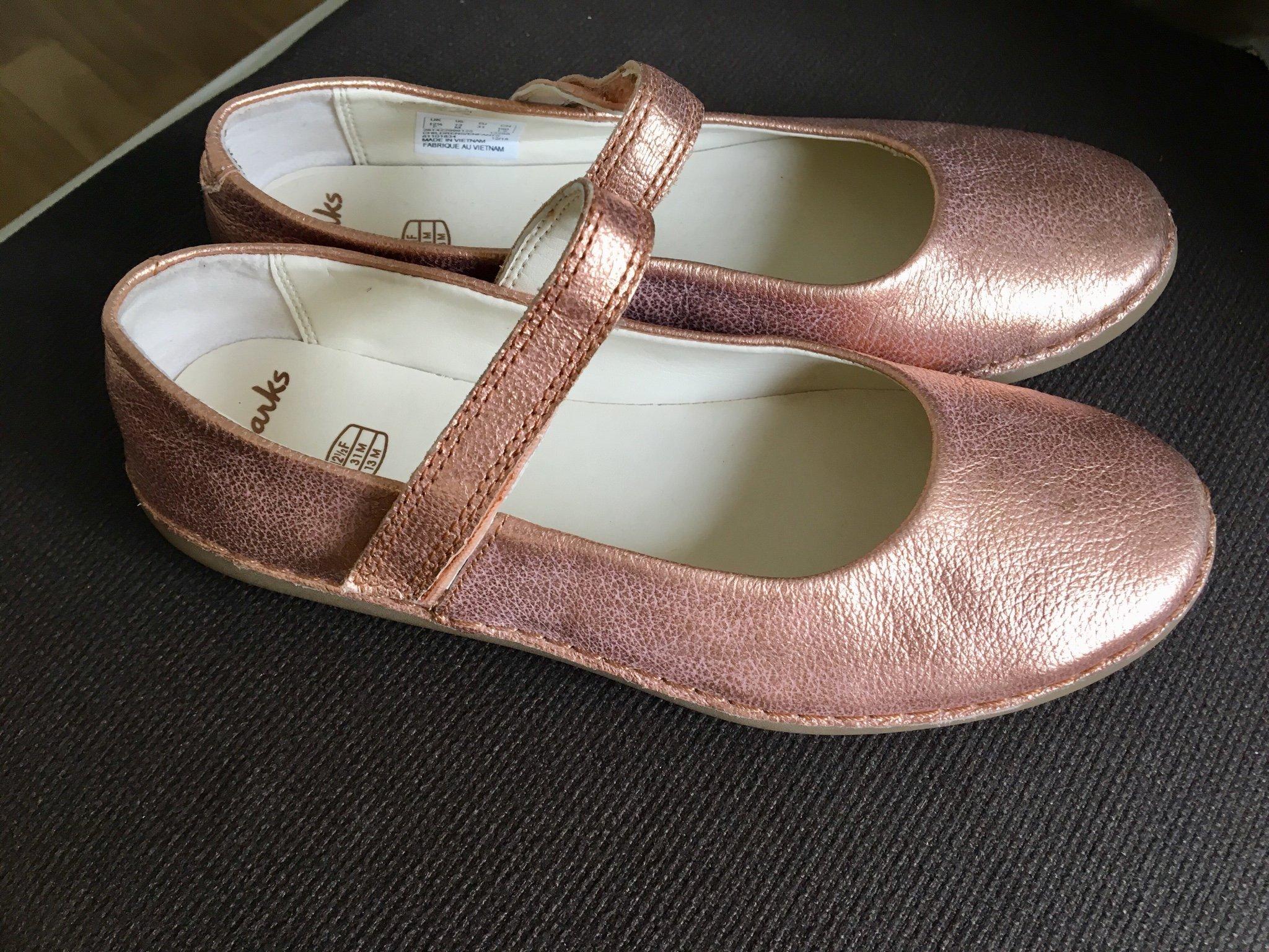 skridsko skor köpa försäljning bästa stället clarks guld