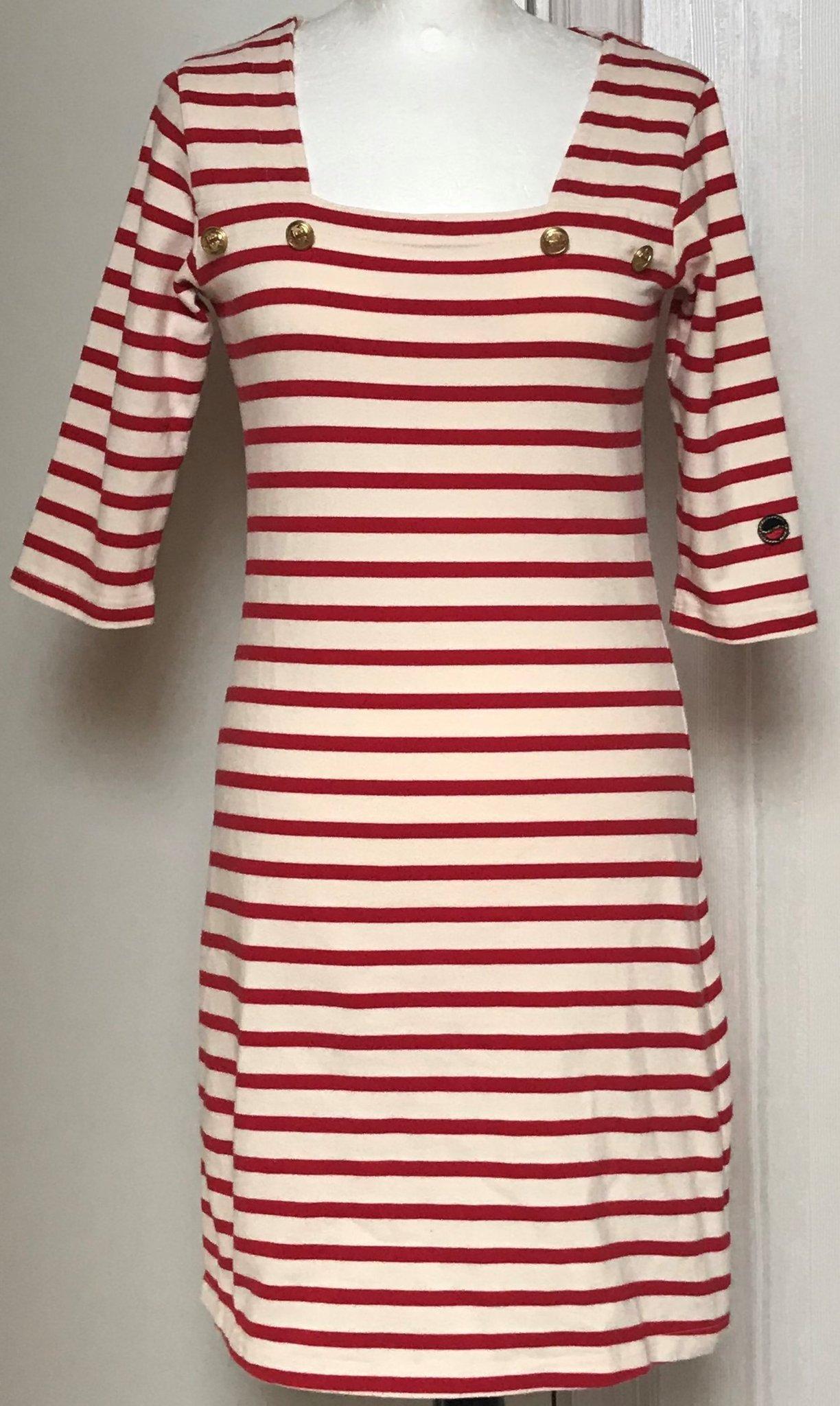 Snygg röd vit randig klänning storlek S från Bu.. (422114581