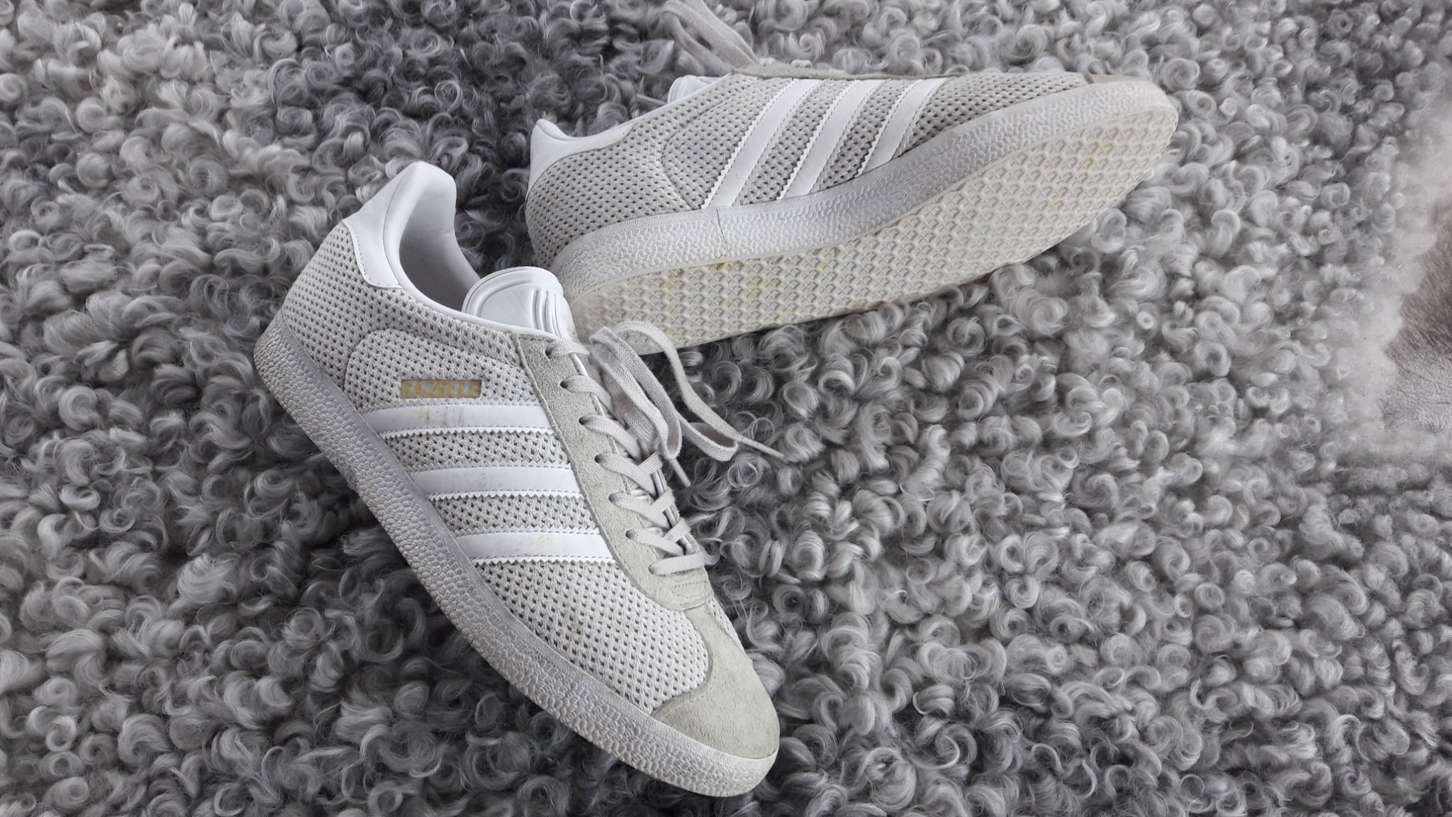 b5503c712af Snygga Adidas Gazelle mocka sport retro skor sneakers vintage känsla unisex  40.5 ...