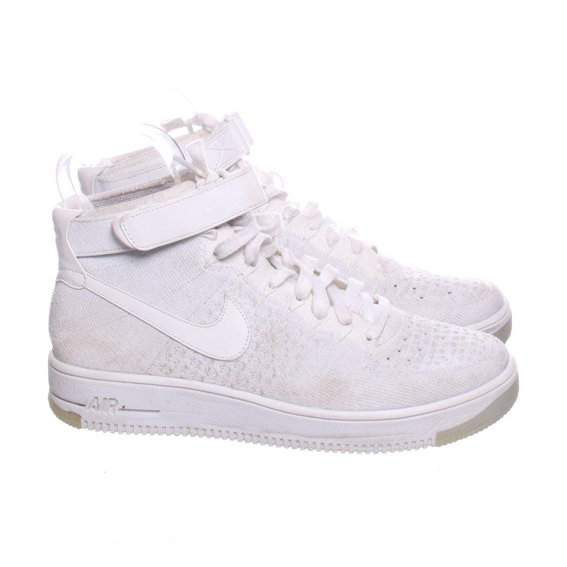 sports shoes 907f8 34aa7 Nike, Sneakers, Strl  42, Air Force 1 Flyknit, Ljusgrå Vit