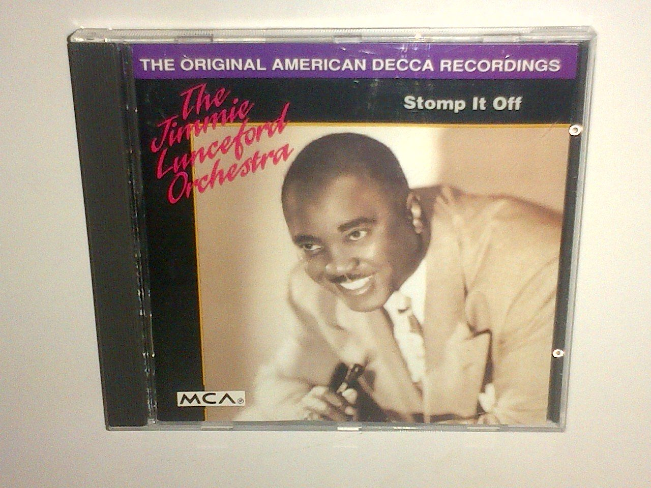 The Jimmie Lunceford Orchestra - Stomp It Off. CD