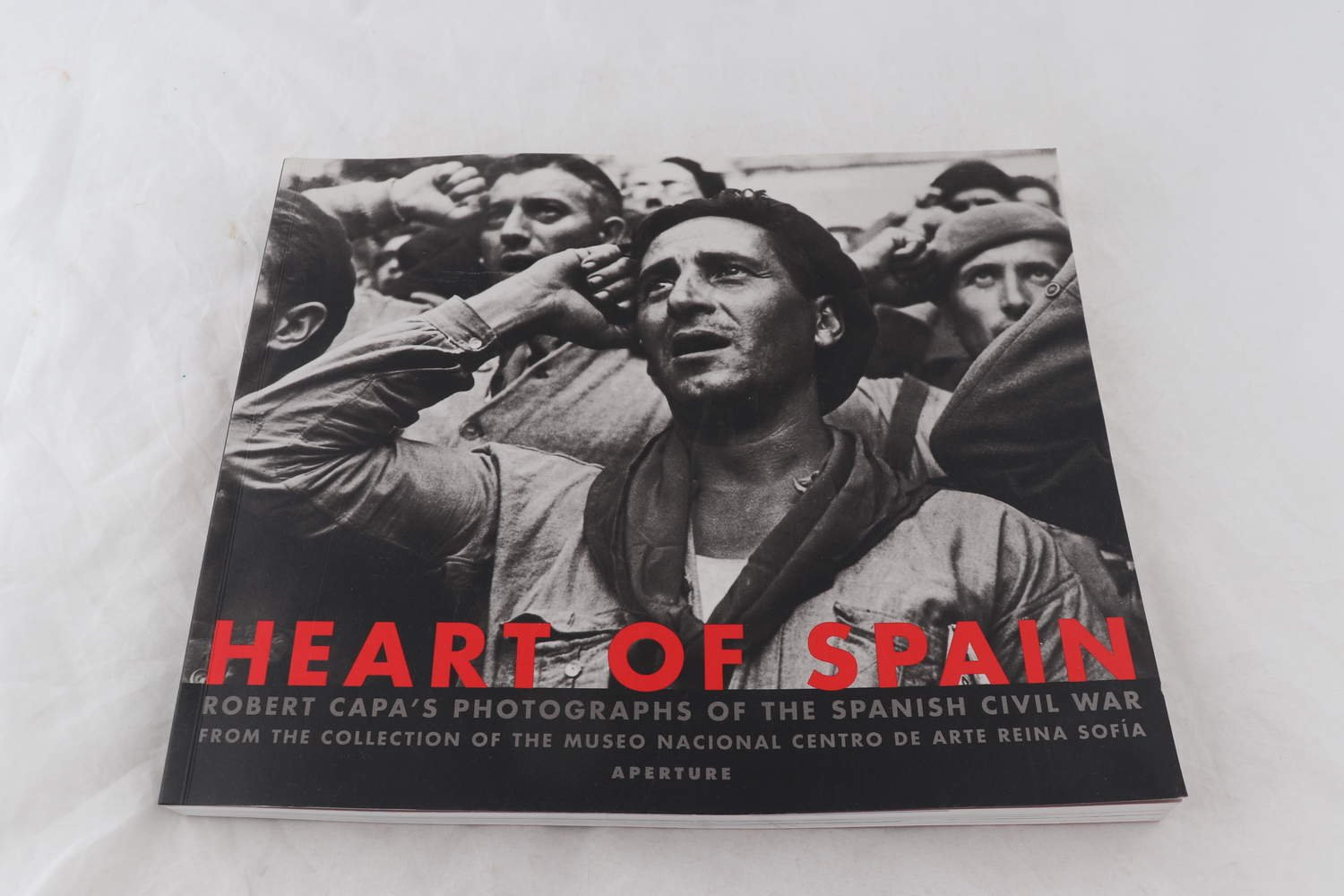 Bok, Robert Capa, Heart of Spain, 1999.