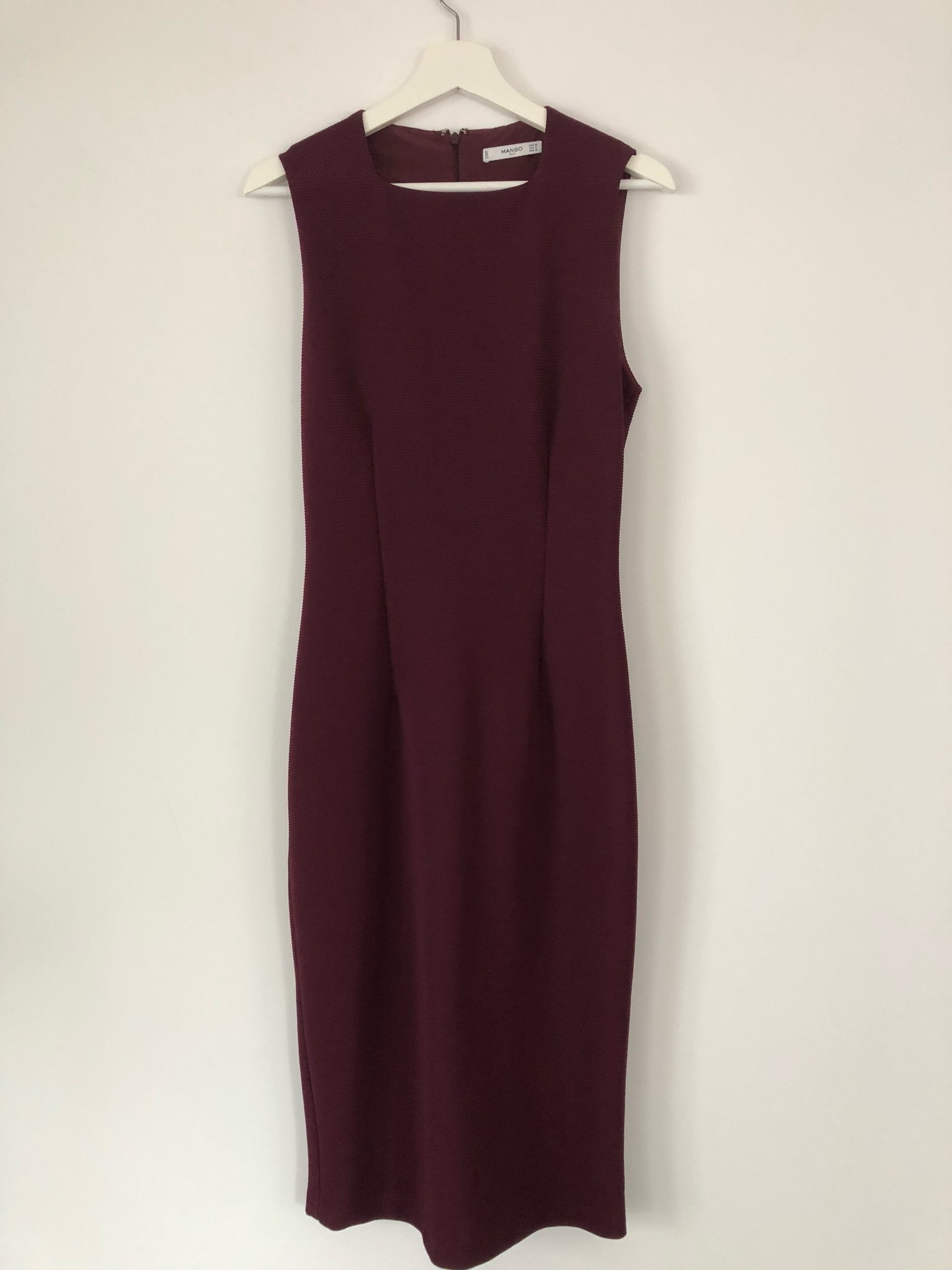 Figursydd klänning