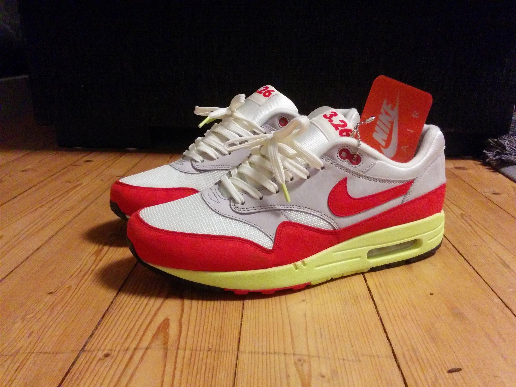 competitive price 5404b 36515 Nike Air Max 1
