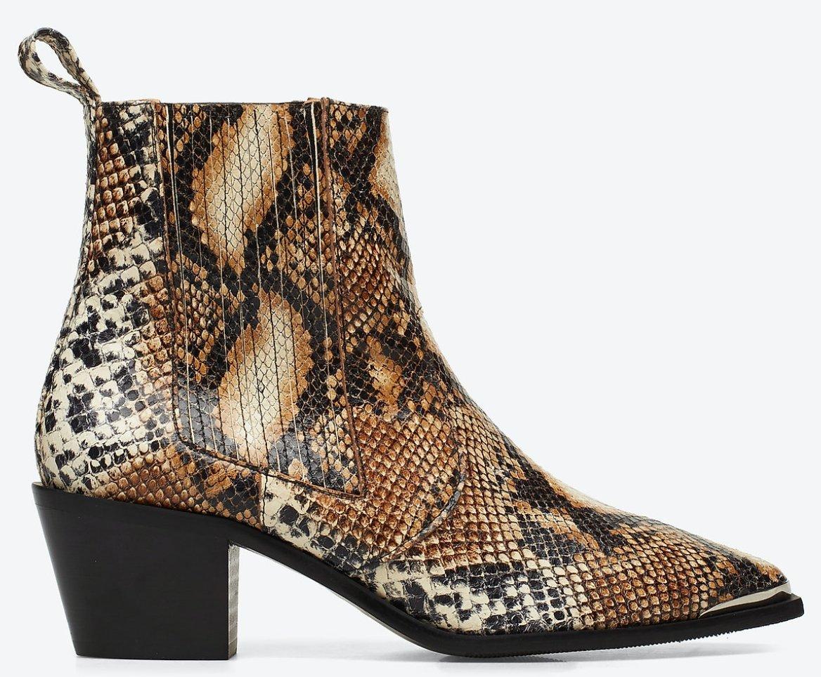 Snygga Rebecca Snake Nappa Boots från Flattered
