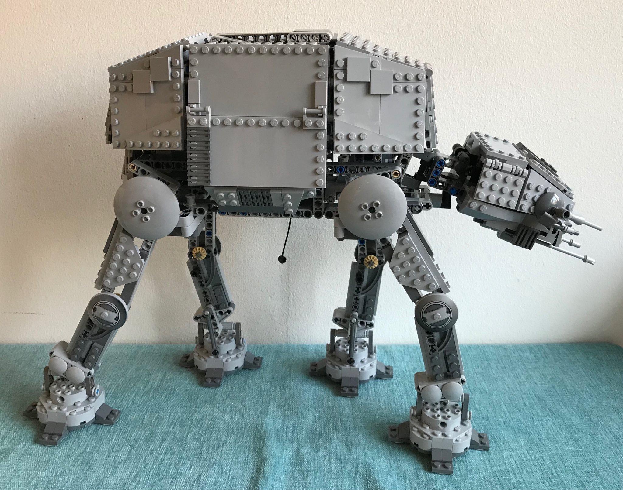 LEGO Star Wars - Motorized Walking AT-AT - 10178