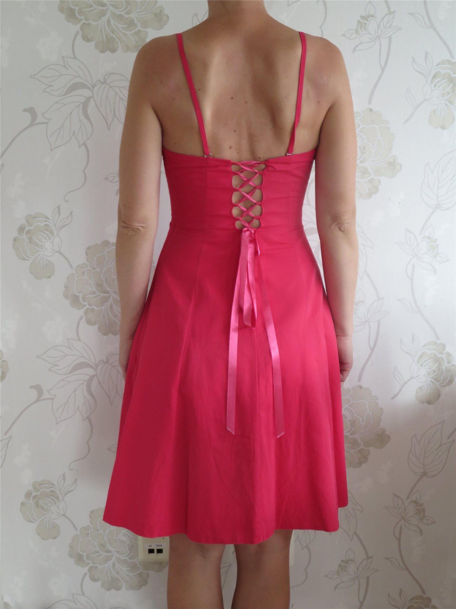 03e67b4d5f8d Vacker hallonröd festklänning/balklänning i stl.. (355017815) ᐈ Köp ...